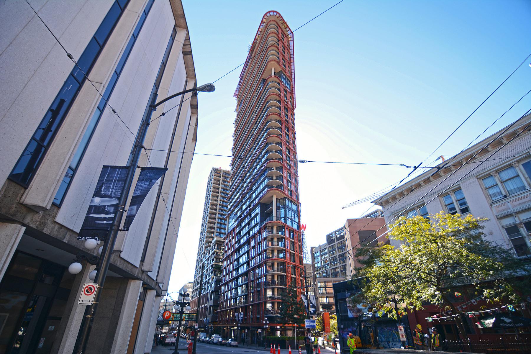 Condominio per Vendita alle ore Gastown - 2 bedroom condo 502 128 W Cordova Street Vancouver, Columbia Britannica, V6B 0E6 Canada