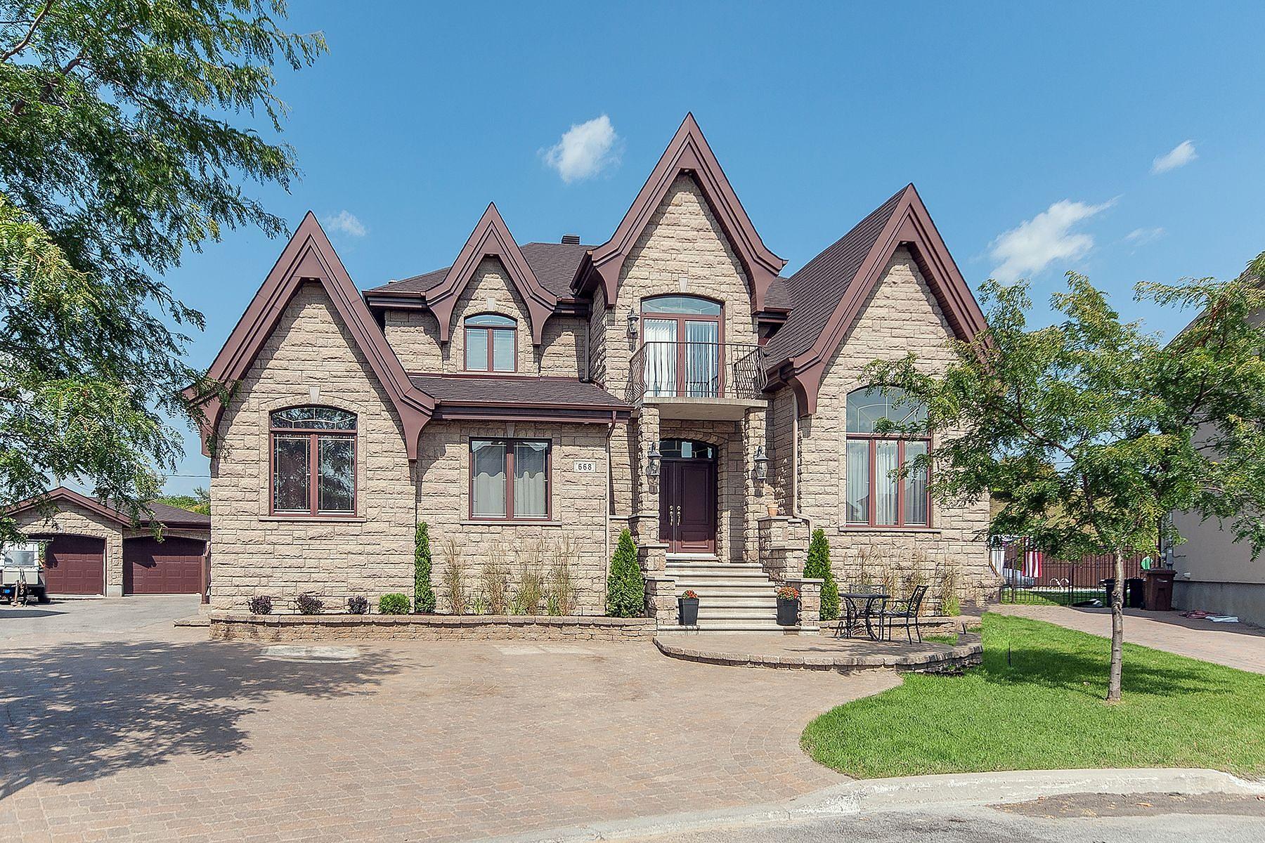 独户住宅 为 销售 在 Auteuil, Laval 668 Rue de Fribourg, 奥特伊, 魁北克省, H7K3Y4 加拿大
