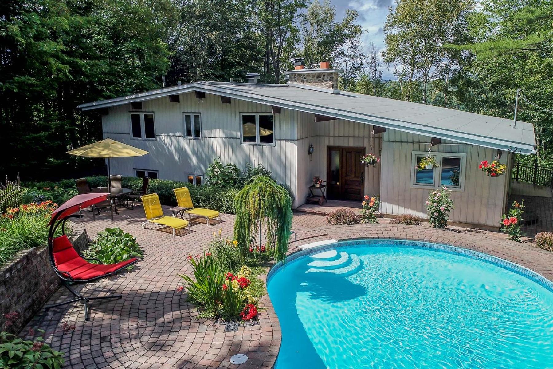 Single Family Homes for Sale at Sainte-Adèle, Laurentides 321 Rue du Hêtre Sainte-Adele, Quebec J8B2S8 Canada