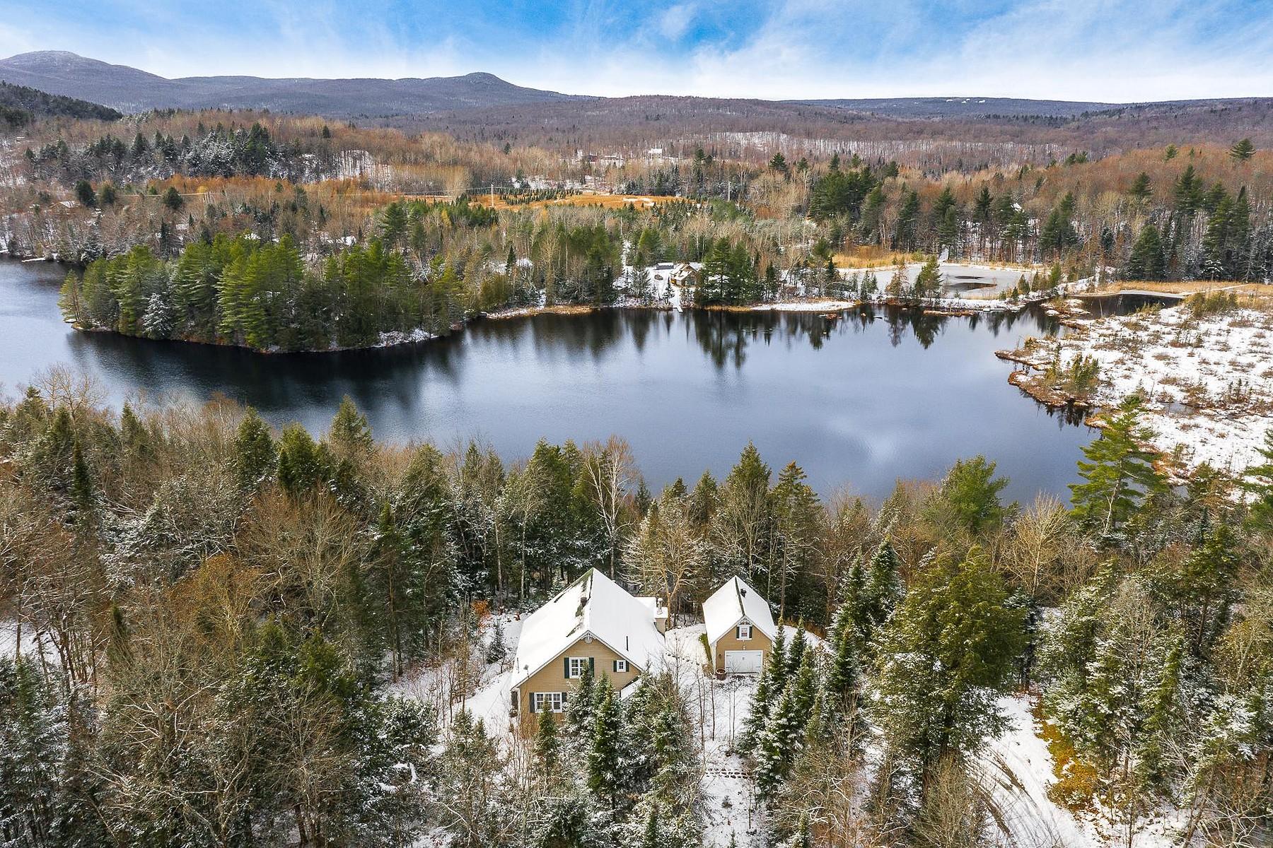 Single Family Homes for Sale at Bolton-Est, Estrie 18 Ch. Kates Bolton-Est, Quebec J0E1G0 Canada