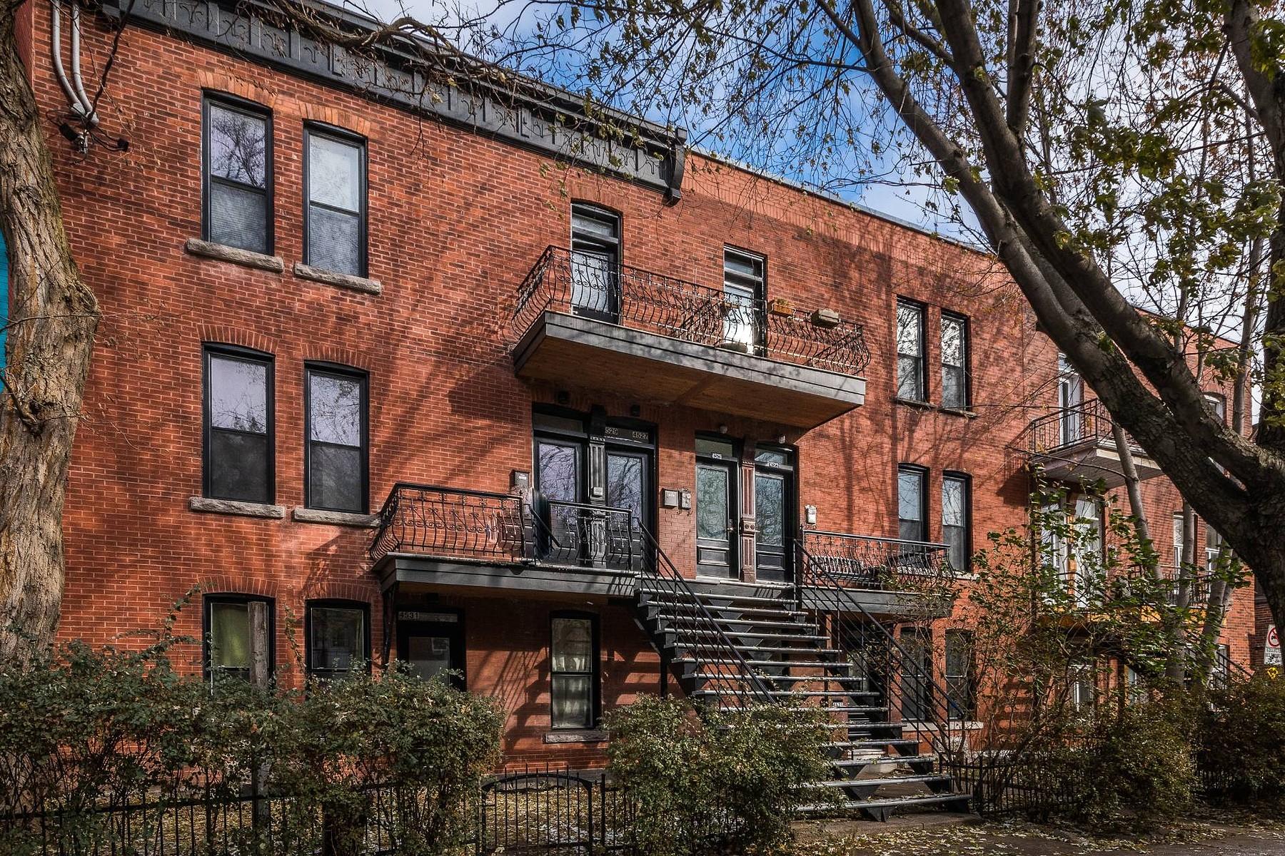 共管式独立产权公寓 为 销售 在 Le Plateau-Mont-Royal, Montréal 4529 Rue Boyer, Le Plateau Mont Royal, 魁北克省, H2J3E5 加拿大