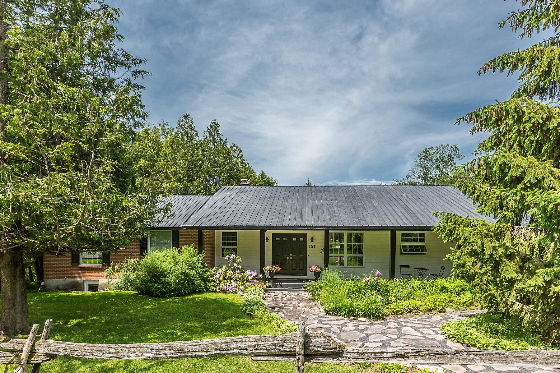 Single Family Home for Sale at Lake Massawippi access 151 Ch. de Hatley Acres Hatley Canton, Quebec J0B2C0 Canada
