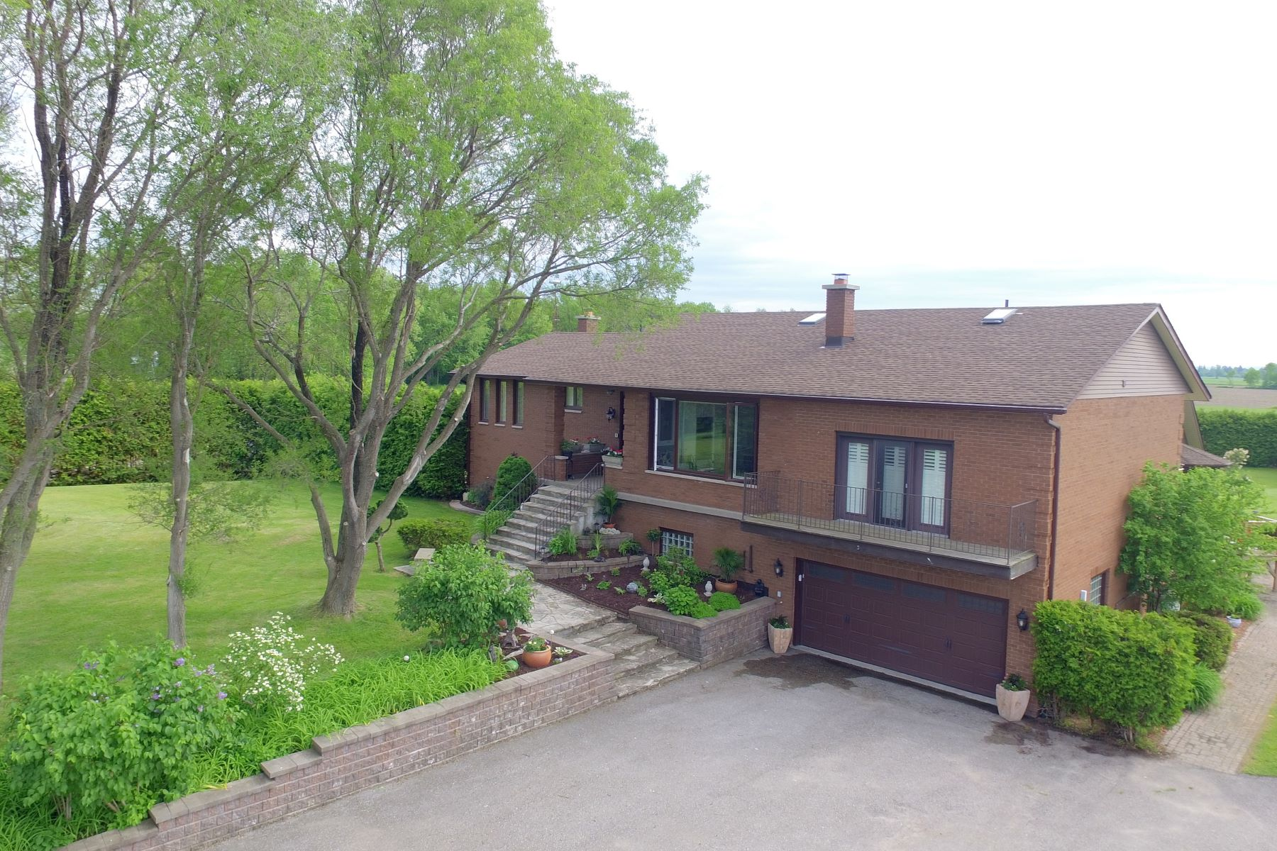 Farm / Ranch / Plantation for Sale at 10 Acre Estate with IndoorPool 14340 County Rd 27 Elmvale, Ontario, L0L 1P0 Canada