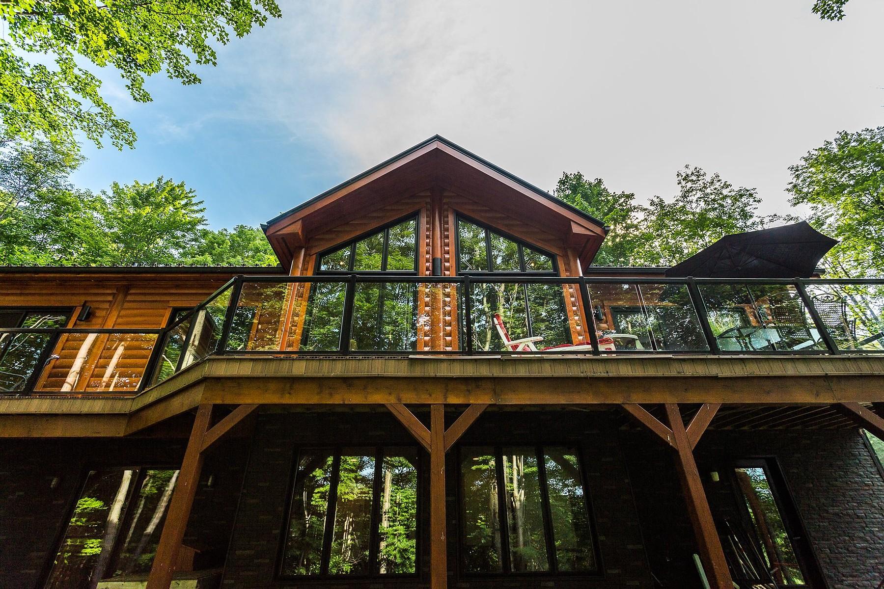 Single Family Home for Sale at Shefford, Montérégie 36 Imp. du Coteau Shefford, Quebec, J2M1P1 Canada