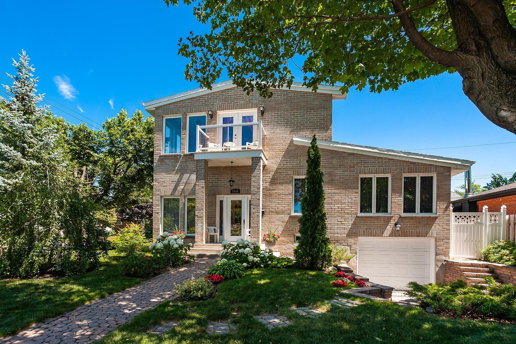 Single Family Homes for Sale at Anjou, Montréal 7940 Av. des Vendéens Anjou, Quebec H1K1S8 Canada