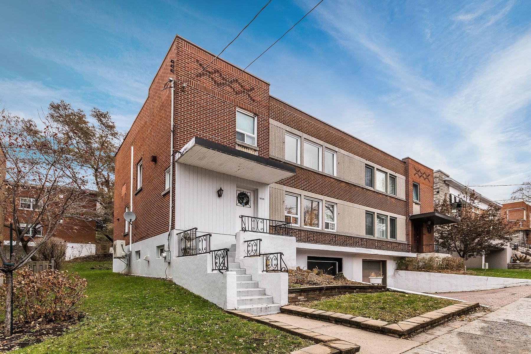 Casa Unifamiliar por un Venta en Côte-des-Neiges / Notre-Dame-de-Grâce, Montréal 5025 Av. Roslyn, Cote Des Neiges Notre Dame De Grace, Quebec, H3W2L6 Canadá