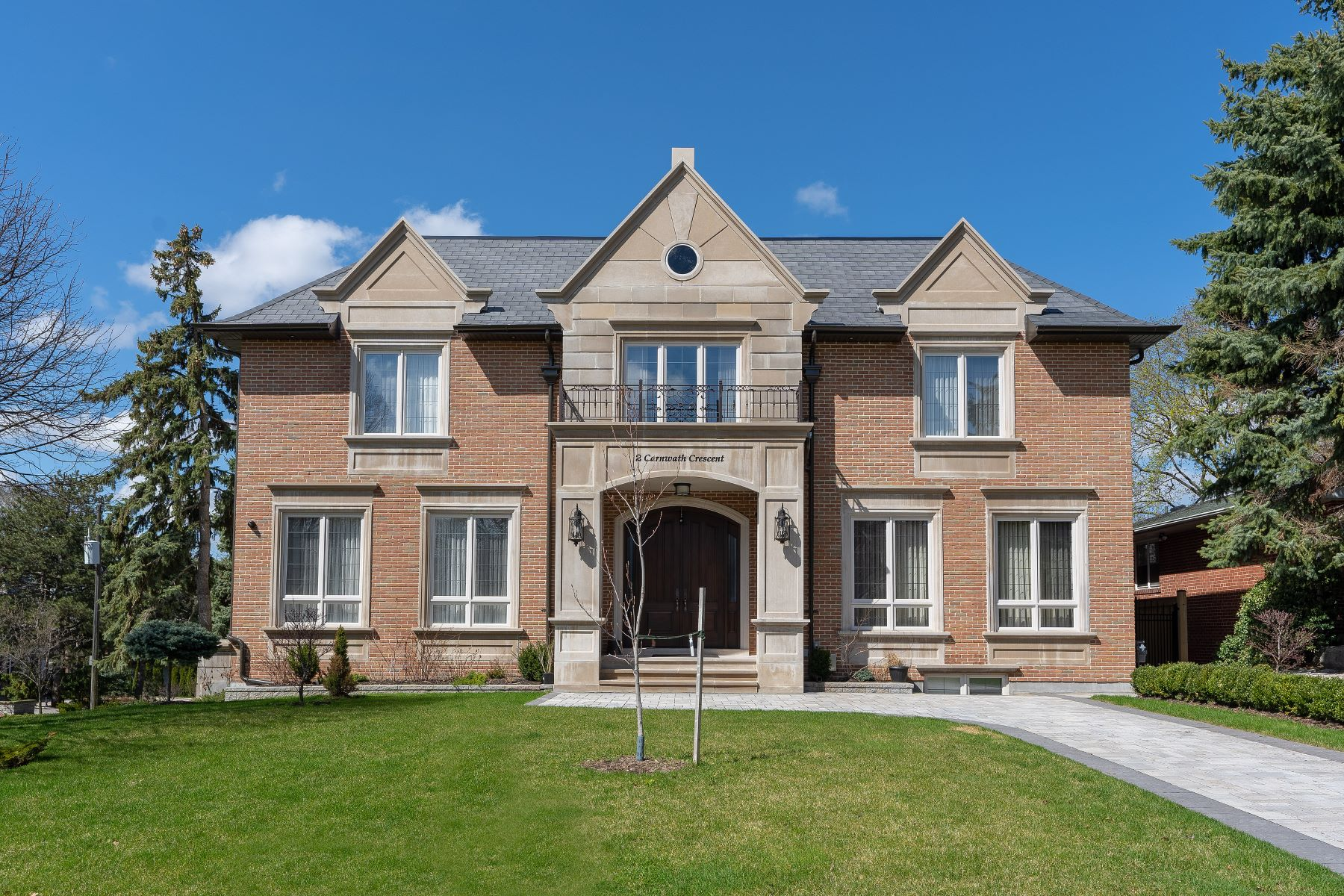 Single Family Home for Sale at Classic on Carnwath 2 Carnwath Cres Toronto, Ontario M2P 1J5 Canada