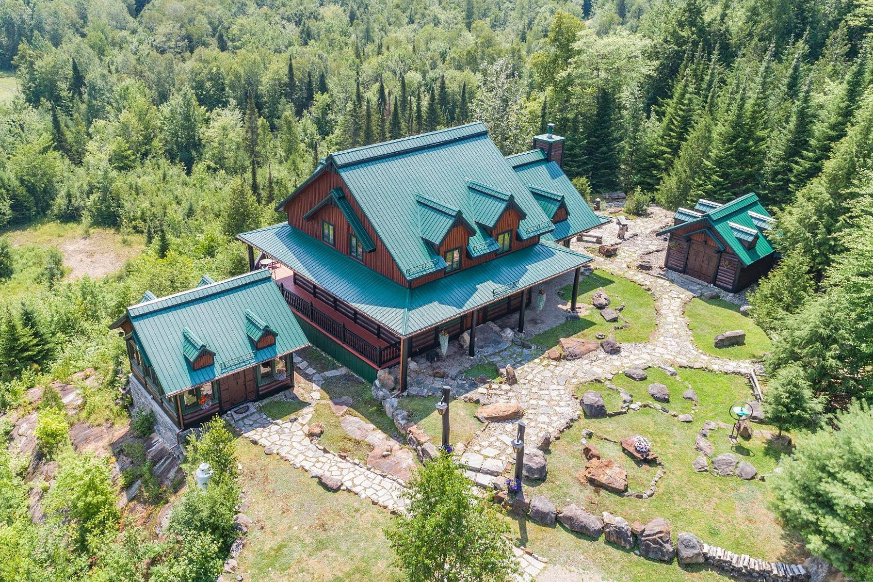 Single Family Homes for Sale at Brébeuf, Laurentides 15 Ch. des Caps Brebeuf, Quebec J0T1B0 Canada