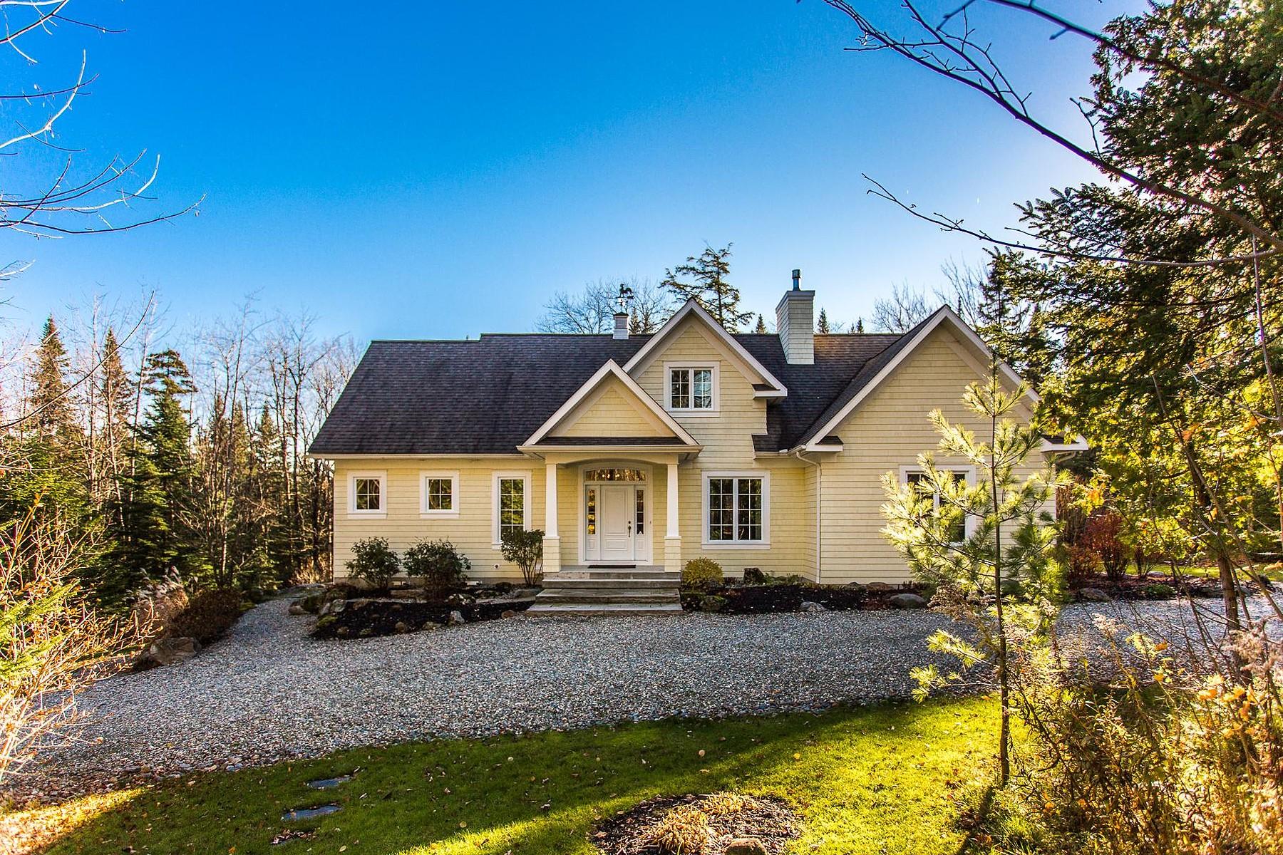 独户住宅 为 销售 在 Magog, Estrie 480 Rue Pouliot 玛戈, 魁北克省, J1X5Z8 加拿大