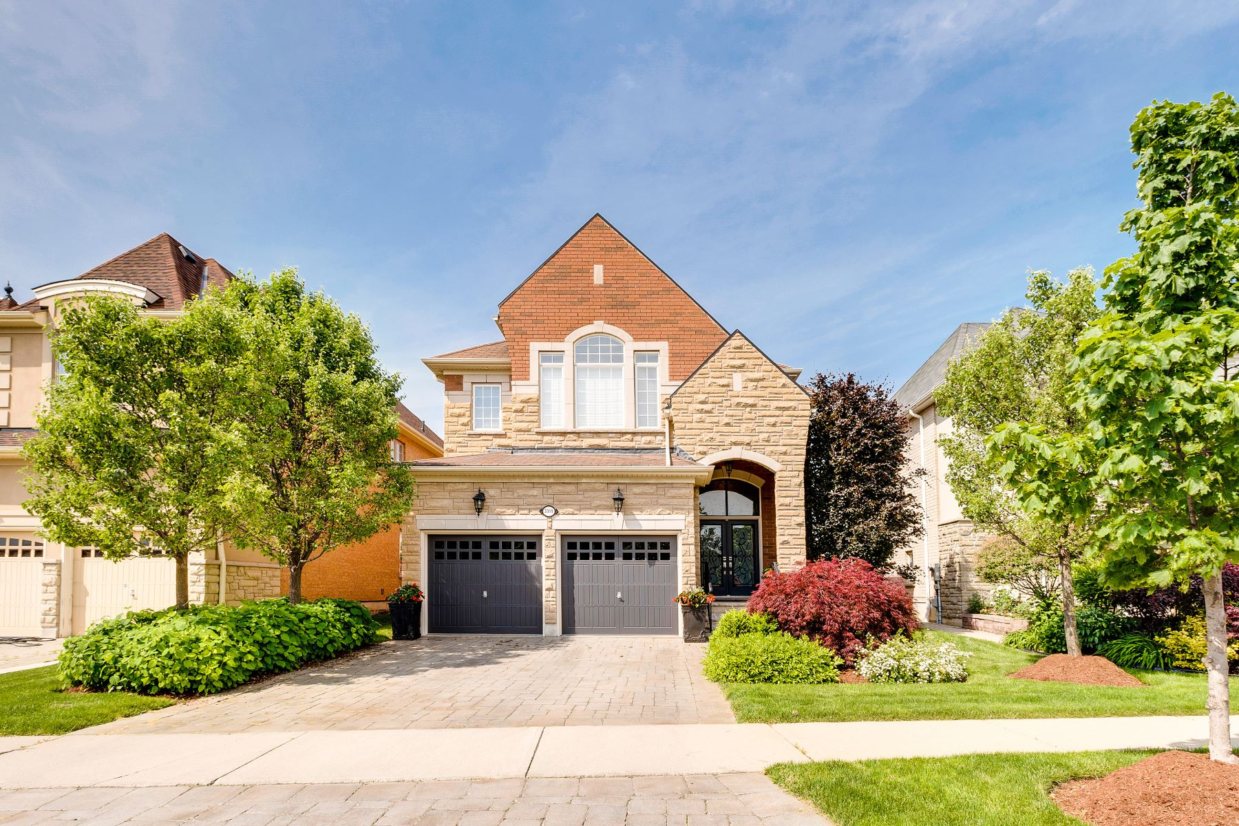 Single Family Home for Sale at Elegant Luxury Living 3319 Pringle Place, Mississauga, Ontario, L5M 7V7 Canada