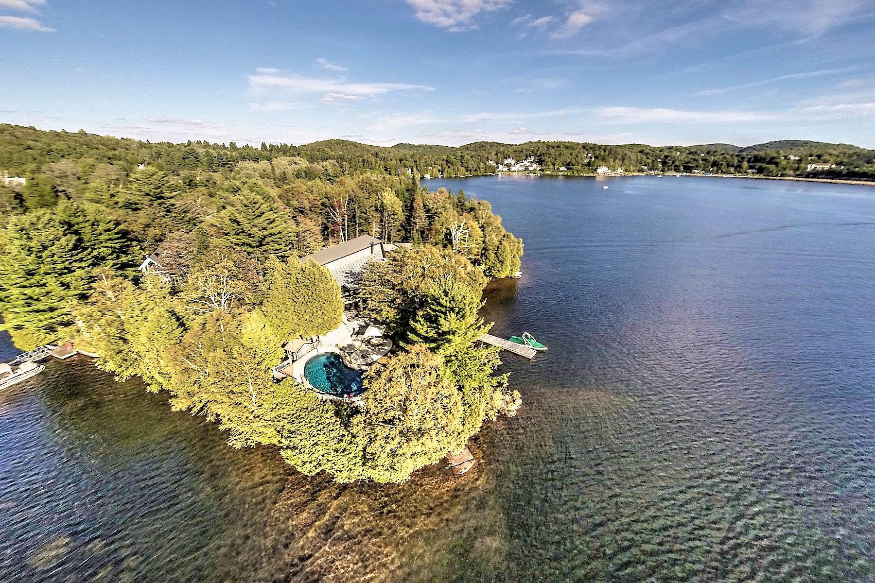 Villa per Vendita alle ore Lac des Sables 5 Place Nantel Sainte-Agathe-Des-Monts, Quebec, J8C3A7 Canada