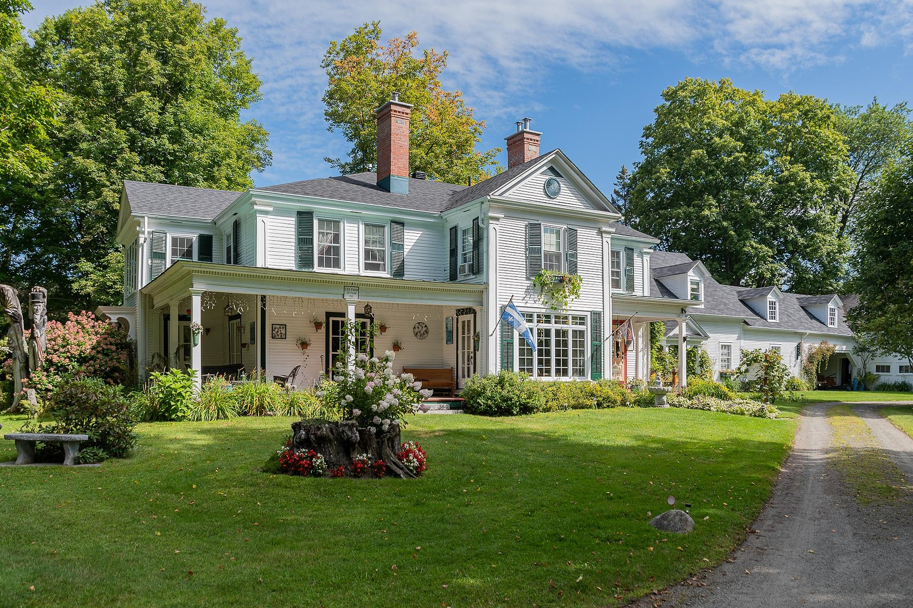 Single Family Homes for Sale at Thousands Of Opportunities 20 Boul. Notre-Dame O. Stanstead Ville, Quebec J0B3E2 Canada