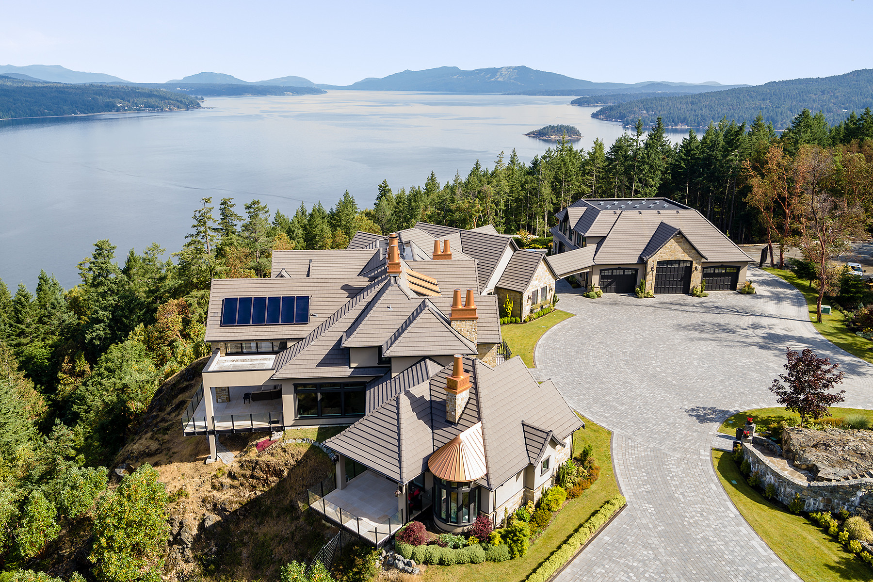 Single Family Homes for Sale at The View At Willis Point 6720 Willis Point Rd Victoria, British Columbia V9E 2A2 Canada