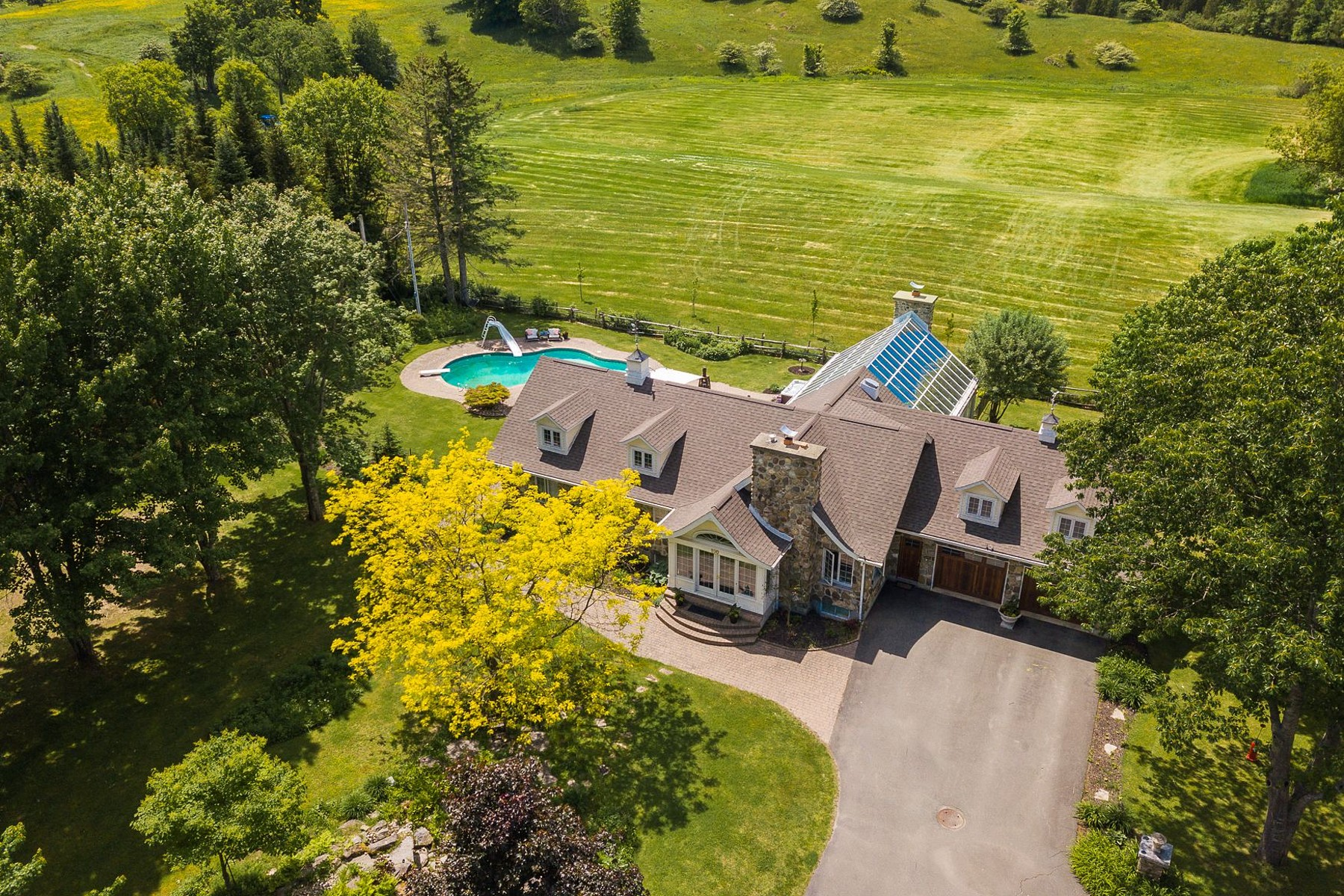 Single Family Homes for Sale at Ayer's Cliff, Estrie 890 Rue Vanasse Ayer's Cliff, Quebec J0B1C0 Canada