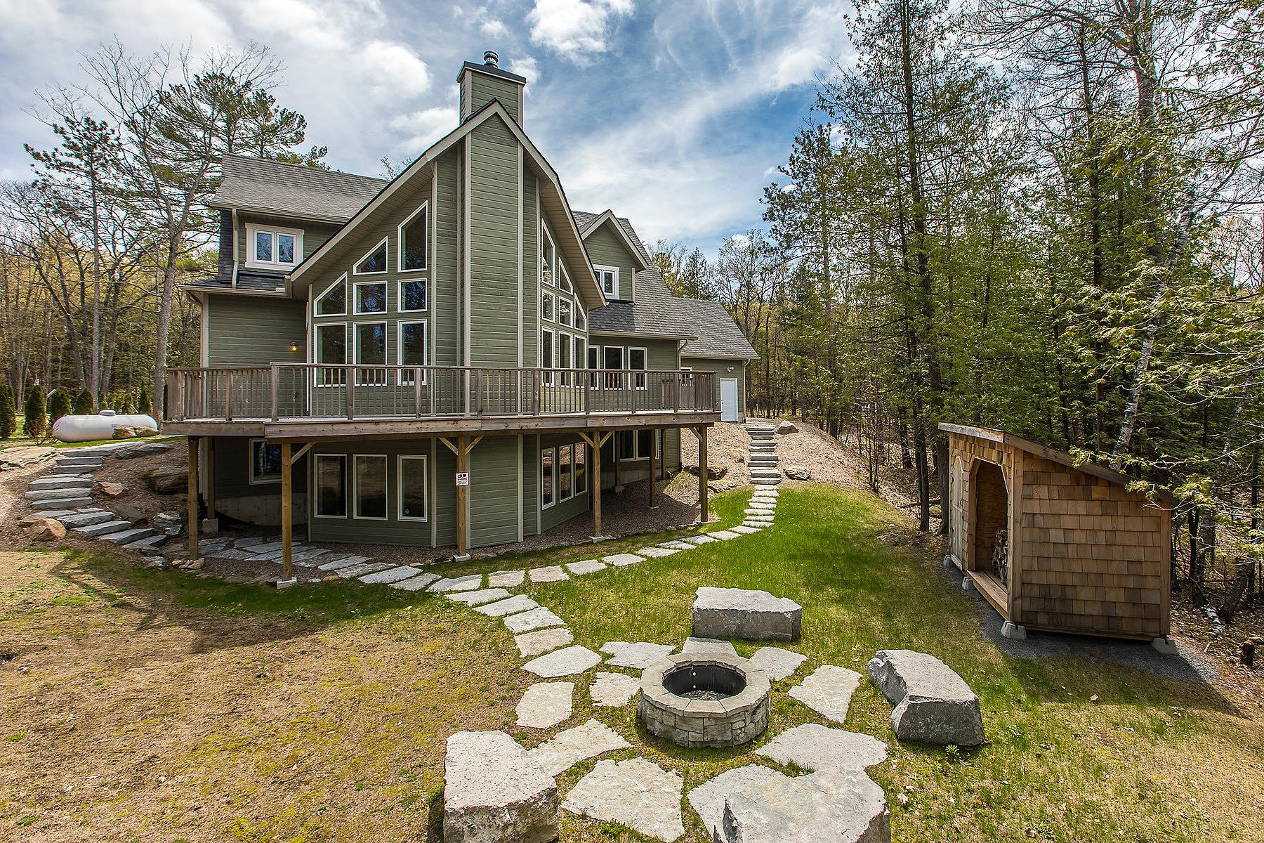 Частный односемейный дом для того Продажа на Kawartha Viceroy Lakehouse 250 Fire Route 36, Kawartha Lakes, Онтарио, K0L 3G0 Канада
