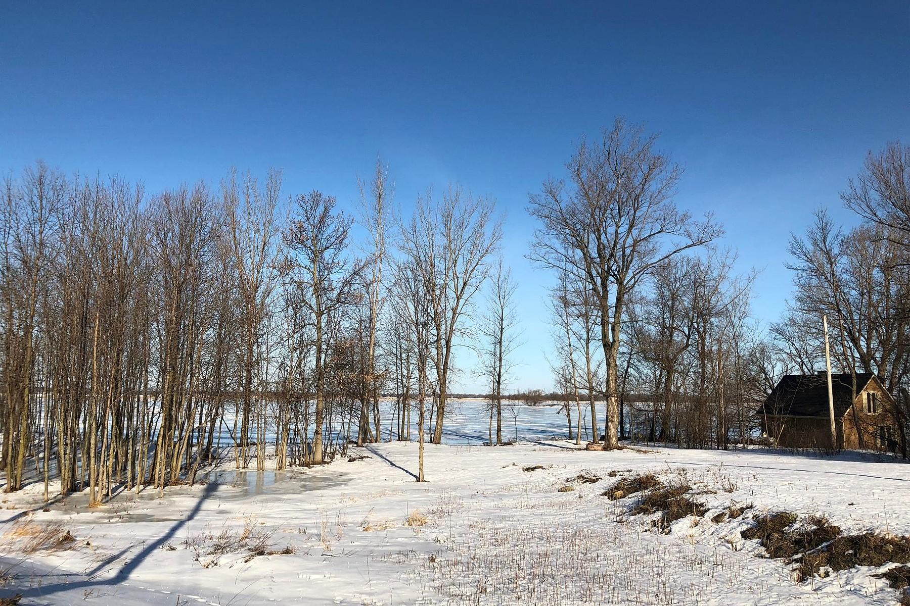 Terrain pour l à vendre à Beauharnois, Montérégie Rue Faubert, Beauharnois, Québec, J6N1J6 Canada