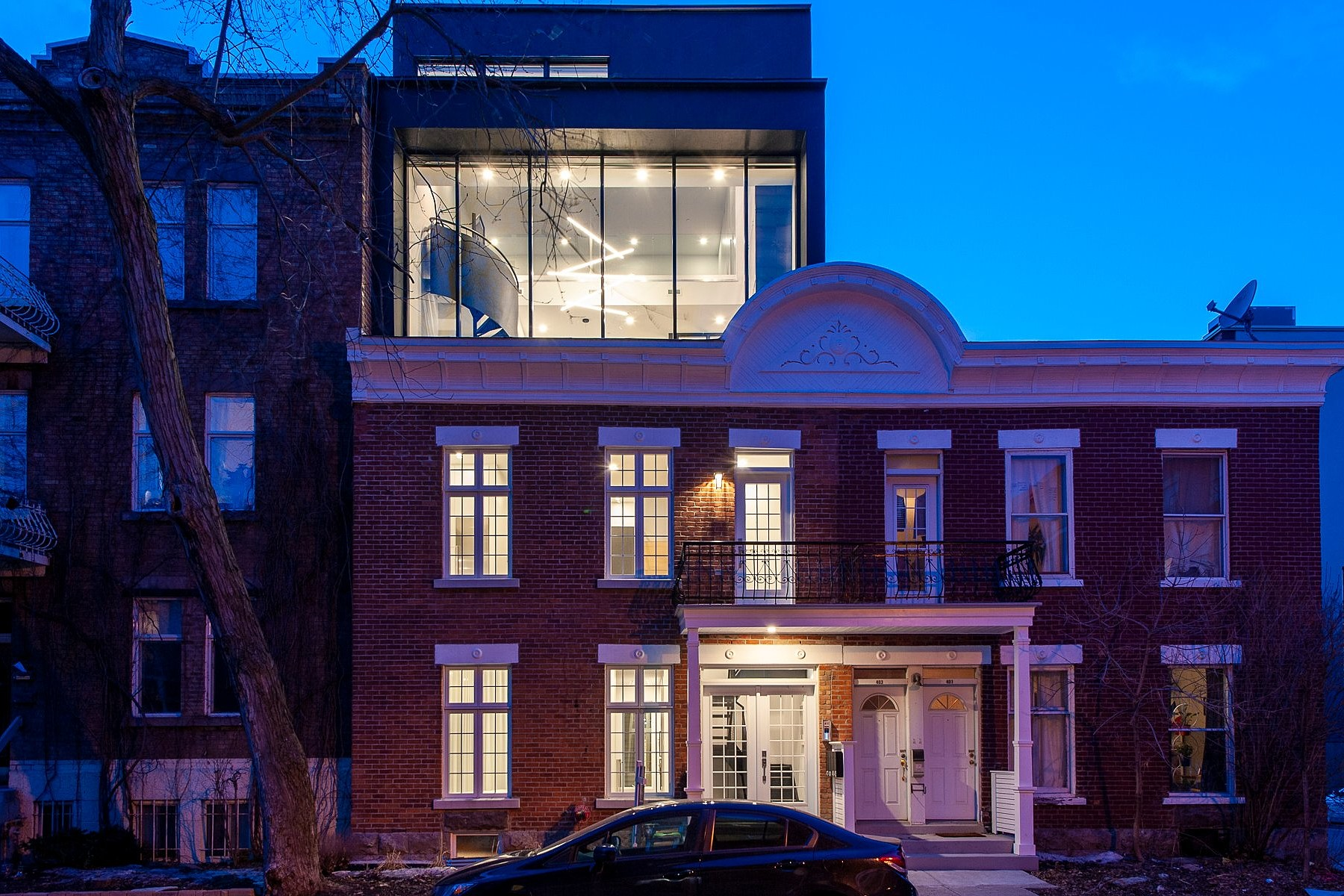 Single Family Homes for Sale at Outremont, Montréal 409 Av. Édouard-Charles Outremont, Quebec H2V2N3 Canada