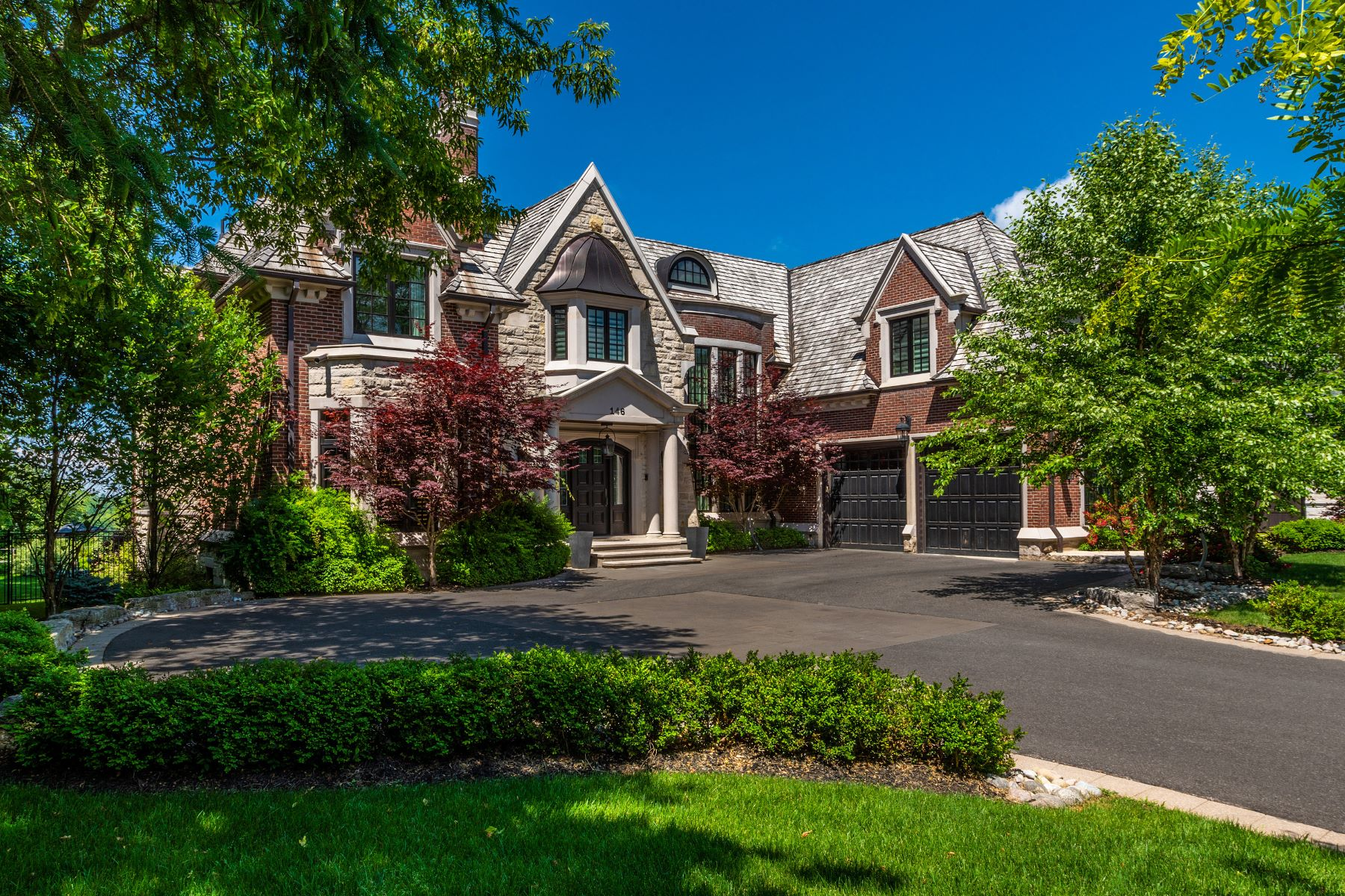 Single Family Homes for Sale at Traditional Elegance 146 Waymar Heights Blvd Vaughan, Ontario L4L 2P7 Canada
