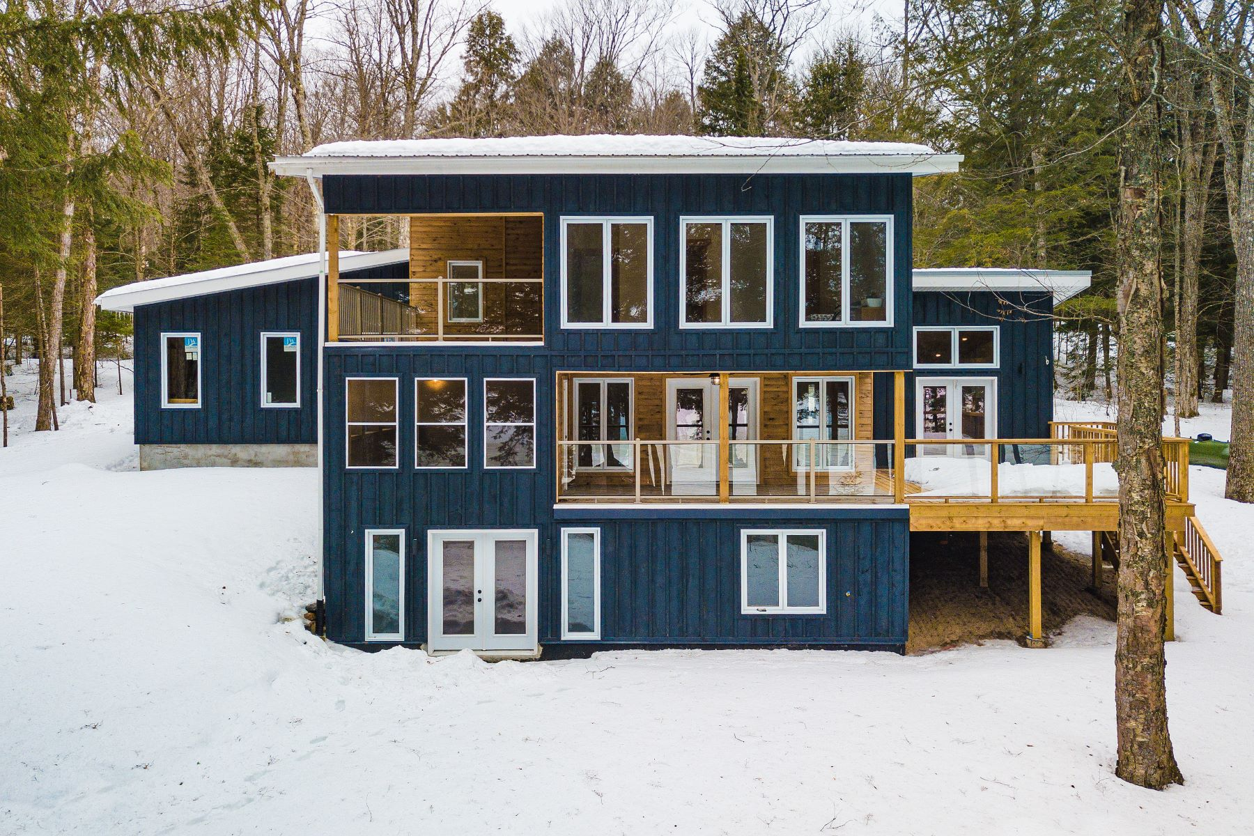 Single Family Homes for Sale at State of Grace-Haliburton 1535 Grace River Road Wilberforce, Ontario K0L 3C0 Canada