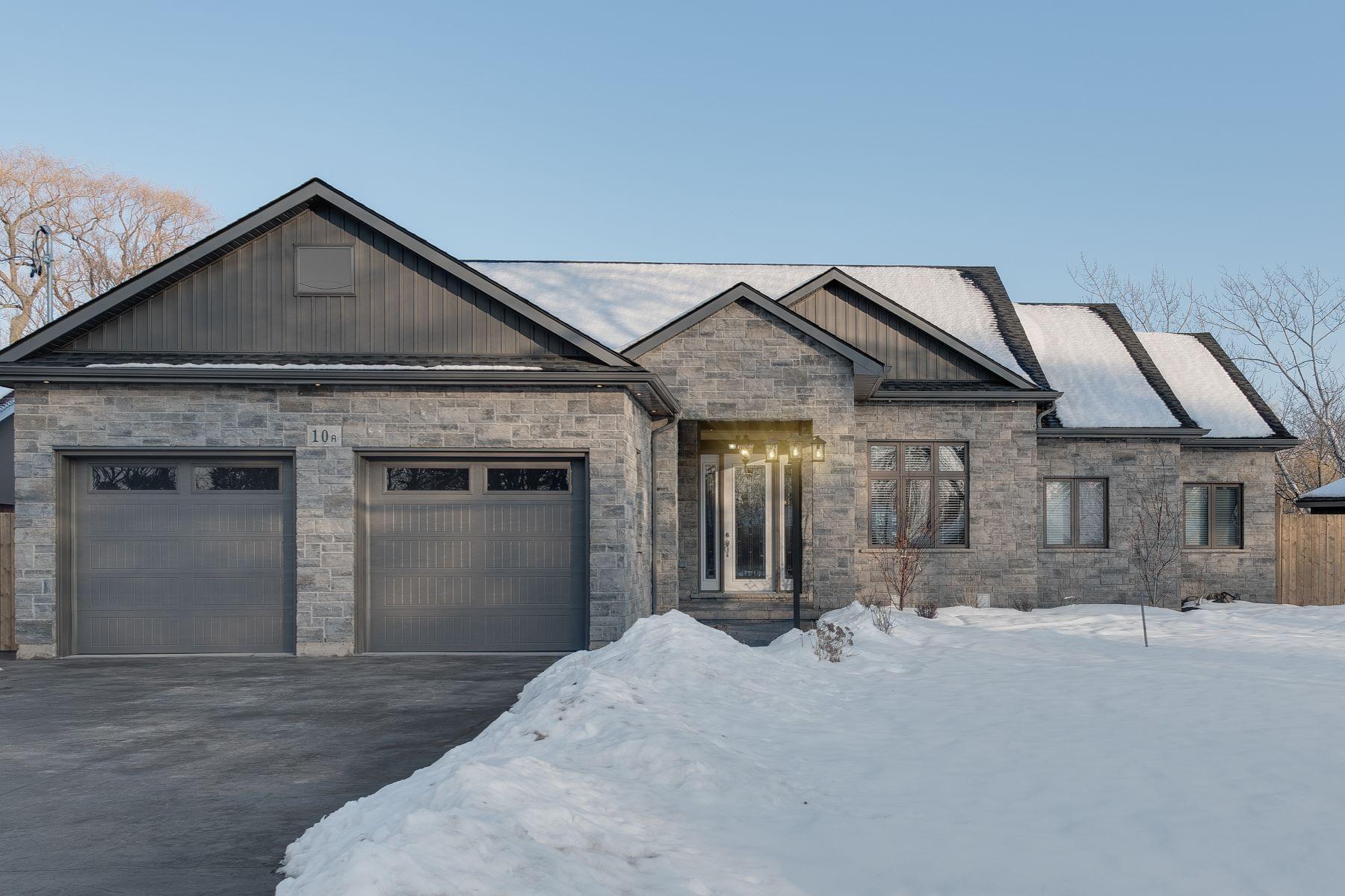 Tek Ailelik Ev için Satış at Style and grace 10A Spring Garden Boulevard Saint Catharines, Ontario L2N 3P6 Kanada