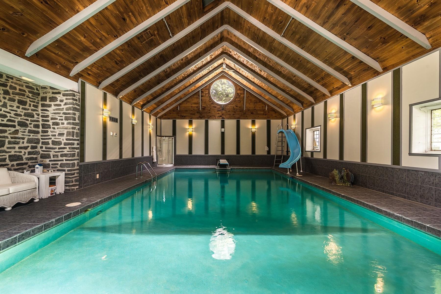 Single Family Home for Sale at 310 Ch du Chicot 310 Ch. du Chicot Saint-Eustache, Quebec, J7R4K3 Canada