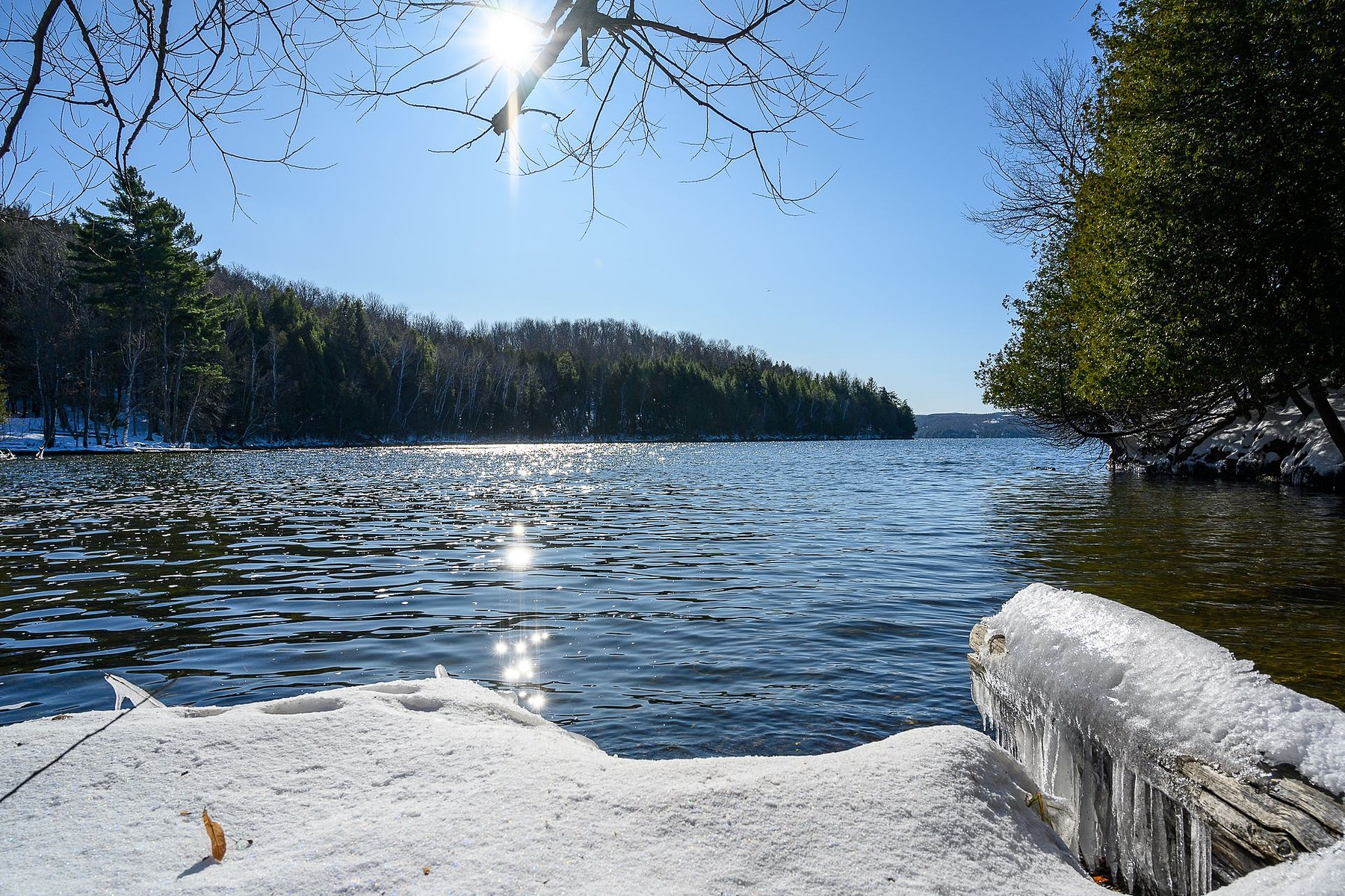 Single Family Homes for Sale at Memphremagog Lake 66 Carré Copp Stanstead Canton, Quebec J0B1T0 Canada