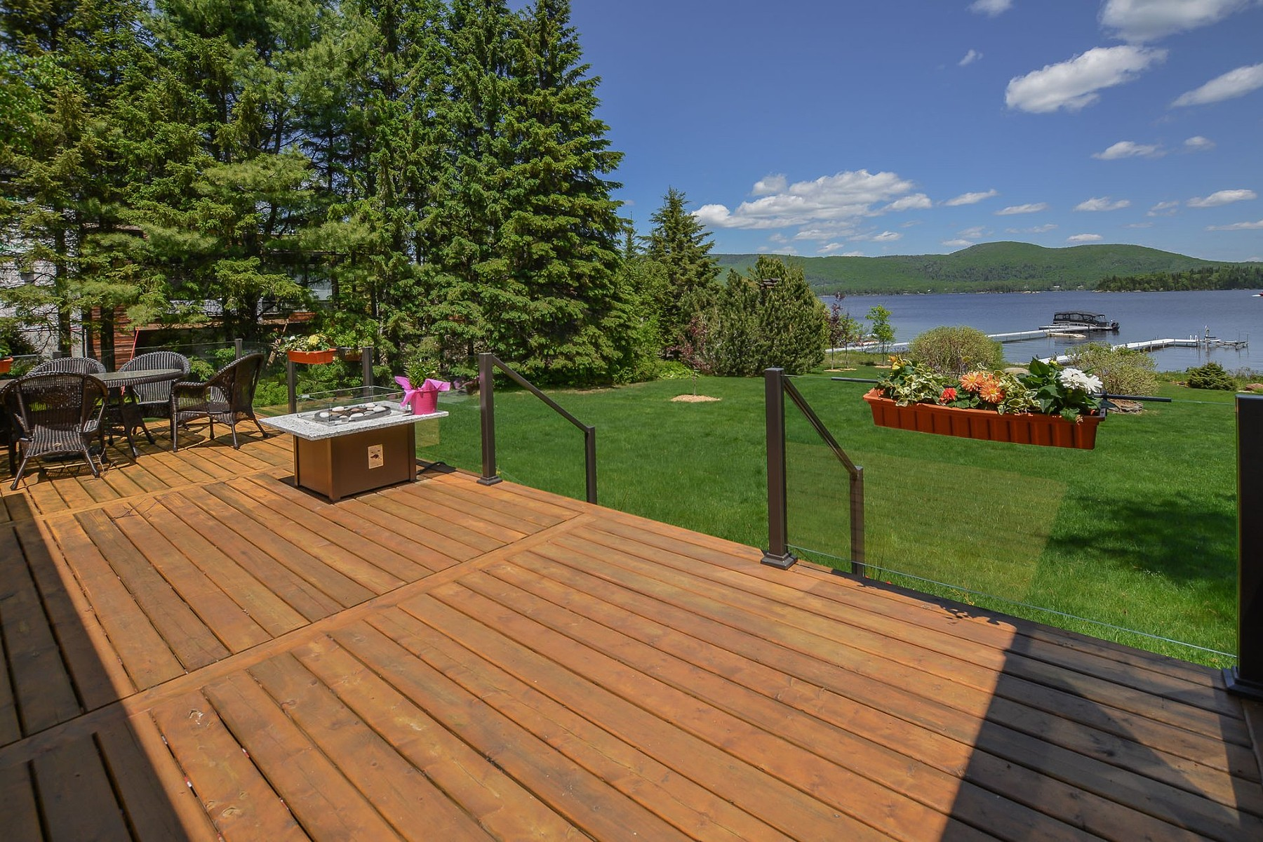 Single Family Homes for Sale at Saint-Donat, Lanaudière 2301 Route 125 S. Saint-Donat, Quebec J0T2C0 Canada