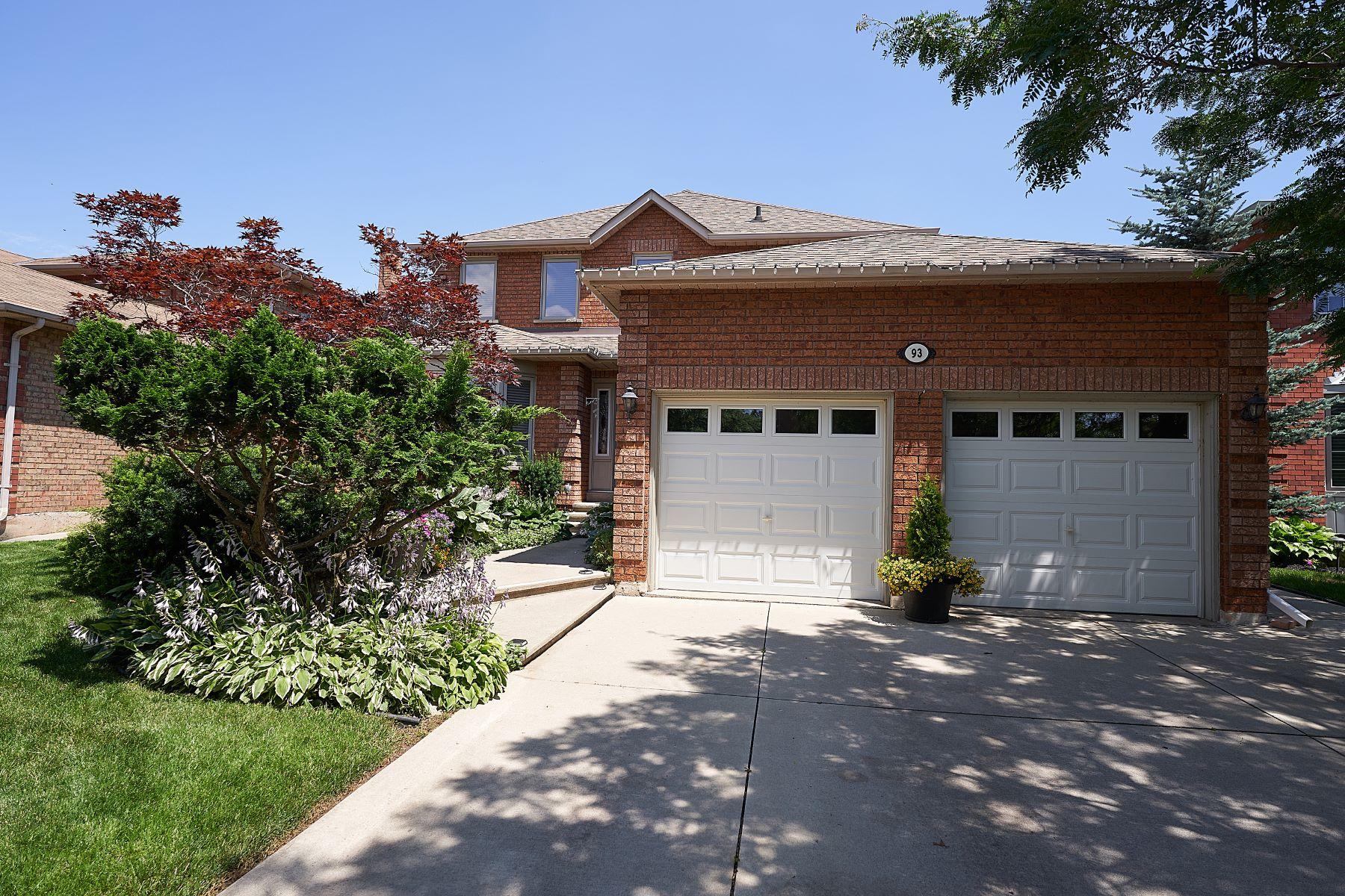 獨棟家庭住宅 為 出售 在 93 Waldie Road Oakville, 安大略省, L6L 6G5 加拿大