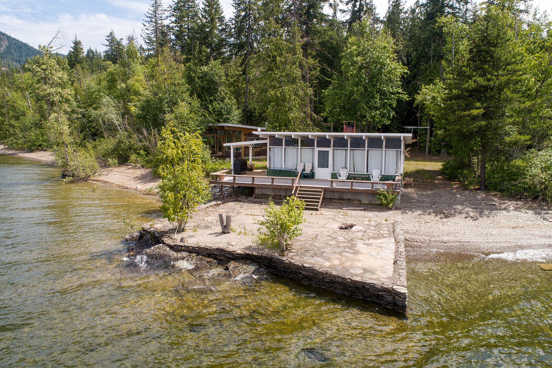 Single Family Homes for Sale at Rocky Point Road Retreat 2403 Rocky Point Road Blind Bay Blind Bay, British Columbia V0E 1H1 Canada