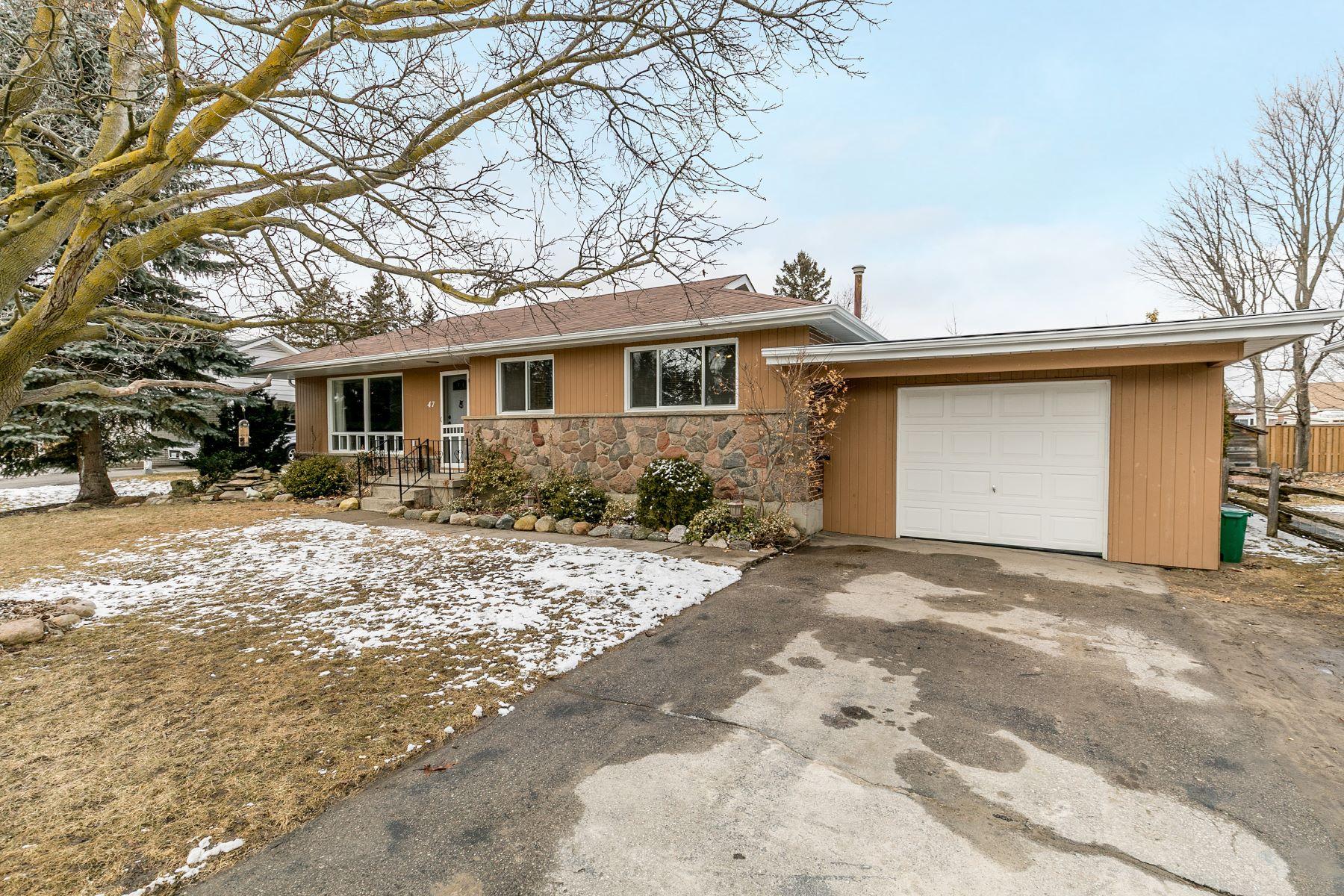 واحد منزل الأسرة للـ Sale في Great Family Neighbourhood 47 Colbeck Cres, New Tecumseth, Ontario, L9R 1B7 Canada