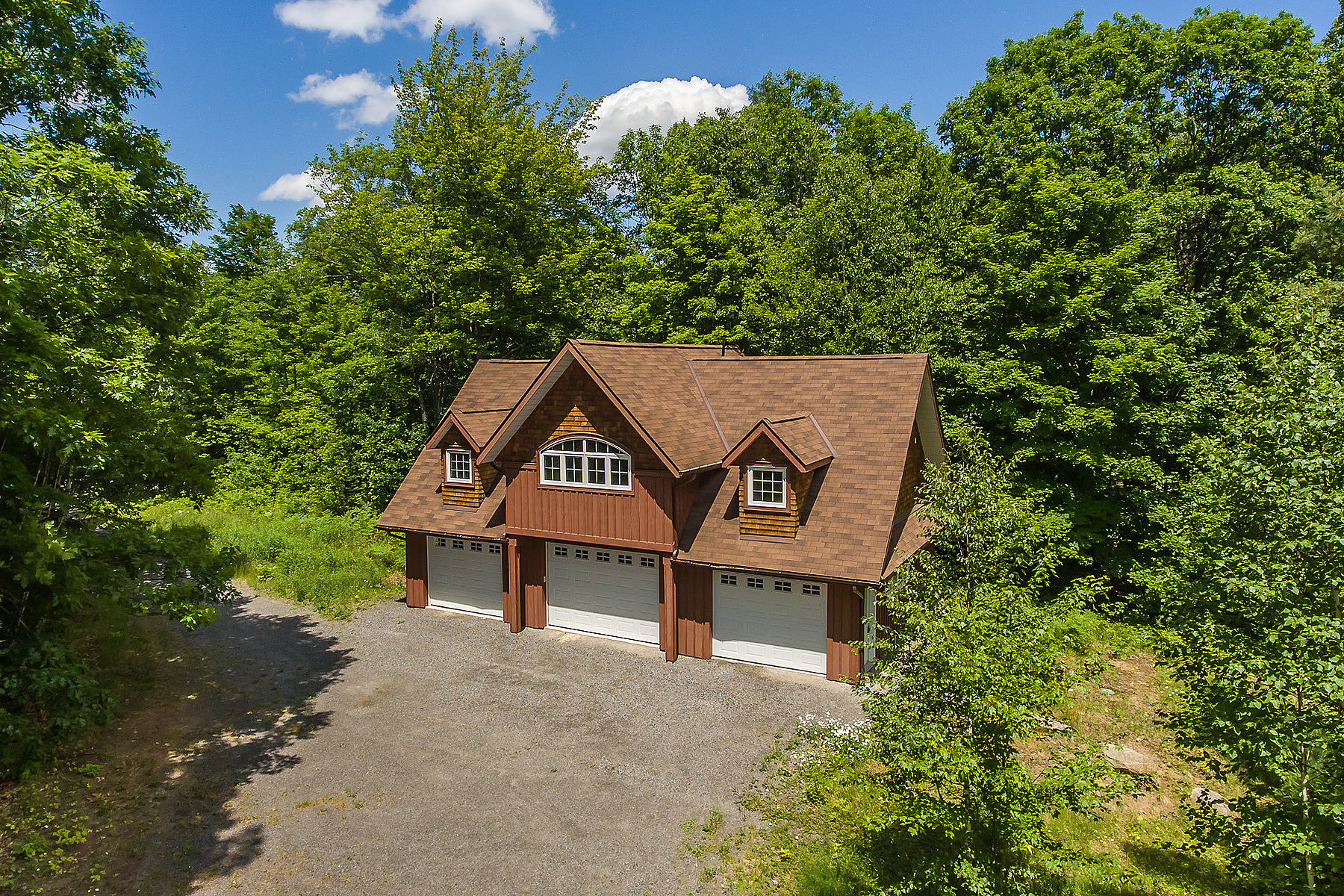 Altro tipo di proprietà per Vendita alle ore 22 acres,Coachhouse & Tennis 50 Prices Point Rd Lake Of Bays, Ontario, P1H 2J3 Canada