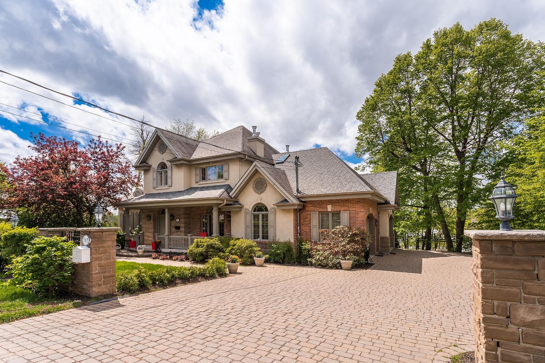 Single Family Homes for Sale at Mont-Saint-Hilaire, Montérégie 565 Ch. des Patriotes N. Mont-Saint-Hilaire, Quebec J3H3H7 Canada