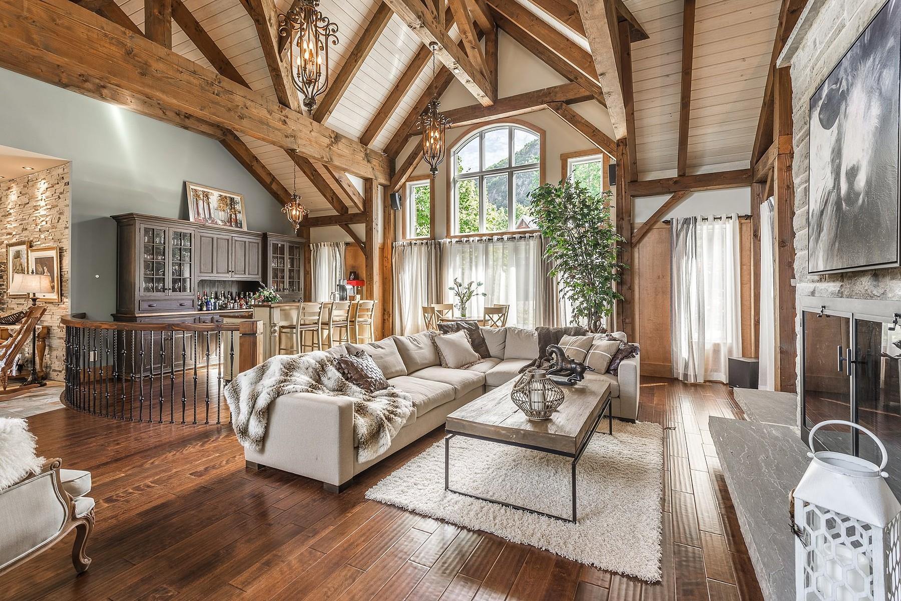 Maison unifamiliale pour l Vente à Mont-Saint-Hilaire, Montérégie 495 Rue du Massif Mont-Saint-Hilaire, Québec, J3H6E8 Canada