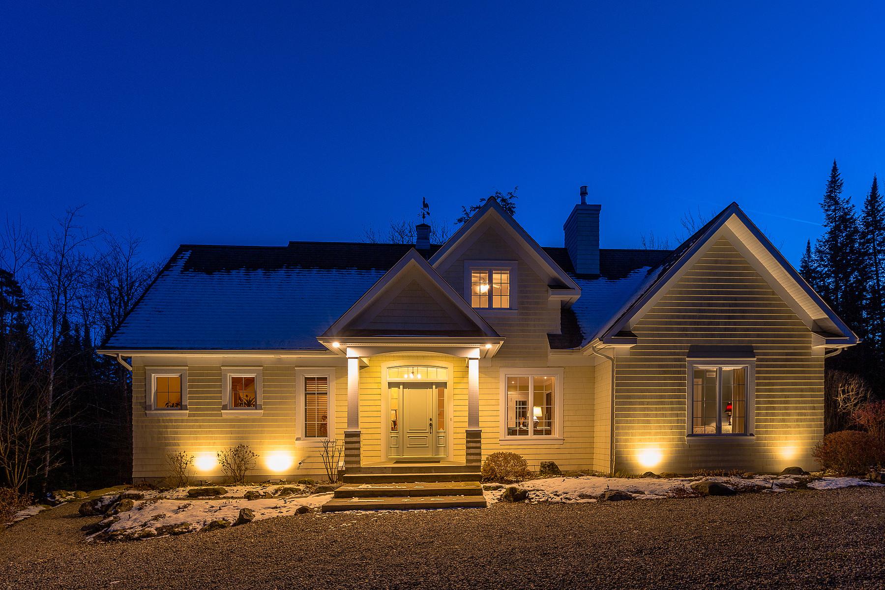 واحد منزل الأسرة للـ Sale في Magog, Estrie 480 Rue Pouliot, Magog, Quebec, J1X5Z8 Canada
