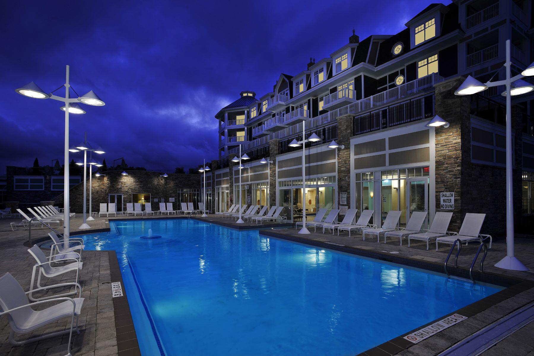 Condomínio para Venda às The Rosseau - J.W. Marriott 1050 Paignton House Rd. Suite 339, Minett, Ontario, P0B 1G0 Canadá