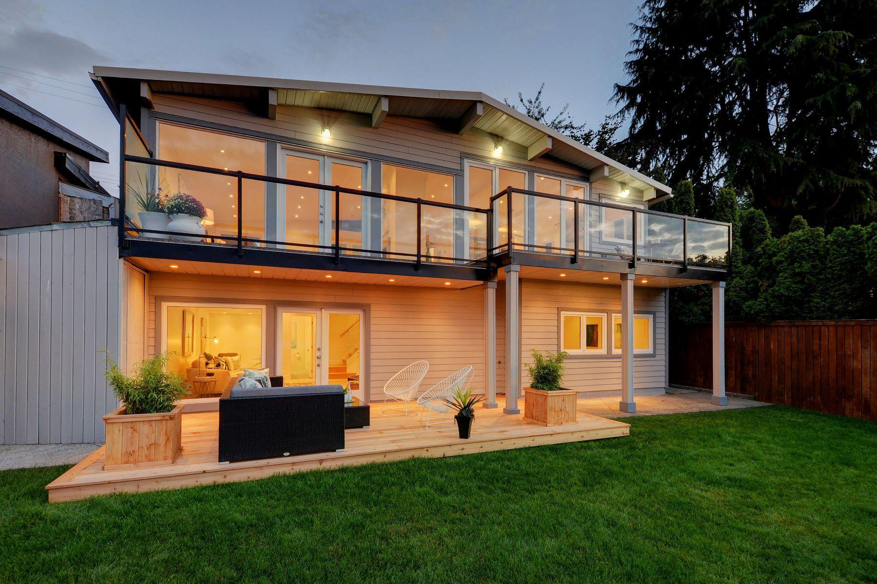 Nhà ở một gia đình vì Bán tại Vancouver East, Greater Vancouver 2317 Wall Street Vancouver, British Columbia, V5L 1B8 Canada