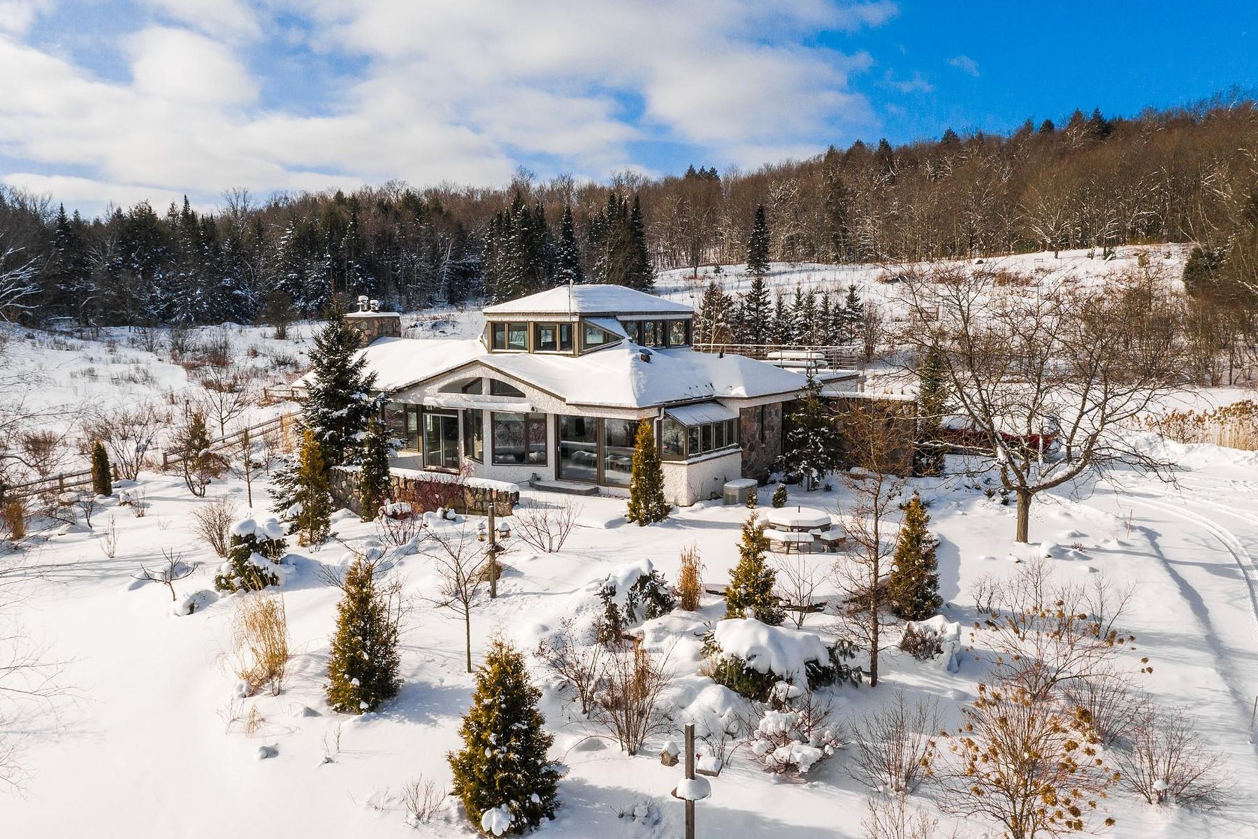 Single Family Homes for Sale at Sutton, Montérégie 899 Route 139 S. Sutton, Quebec J0E2K0 Canada