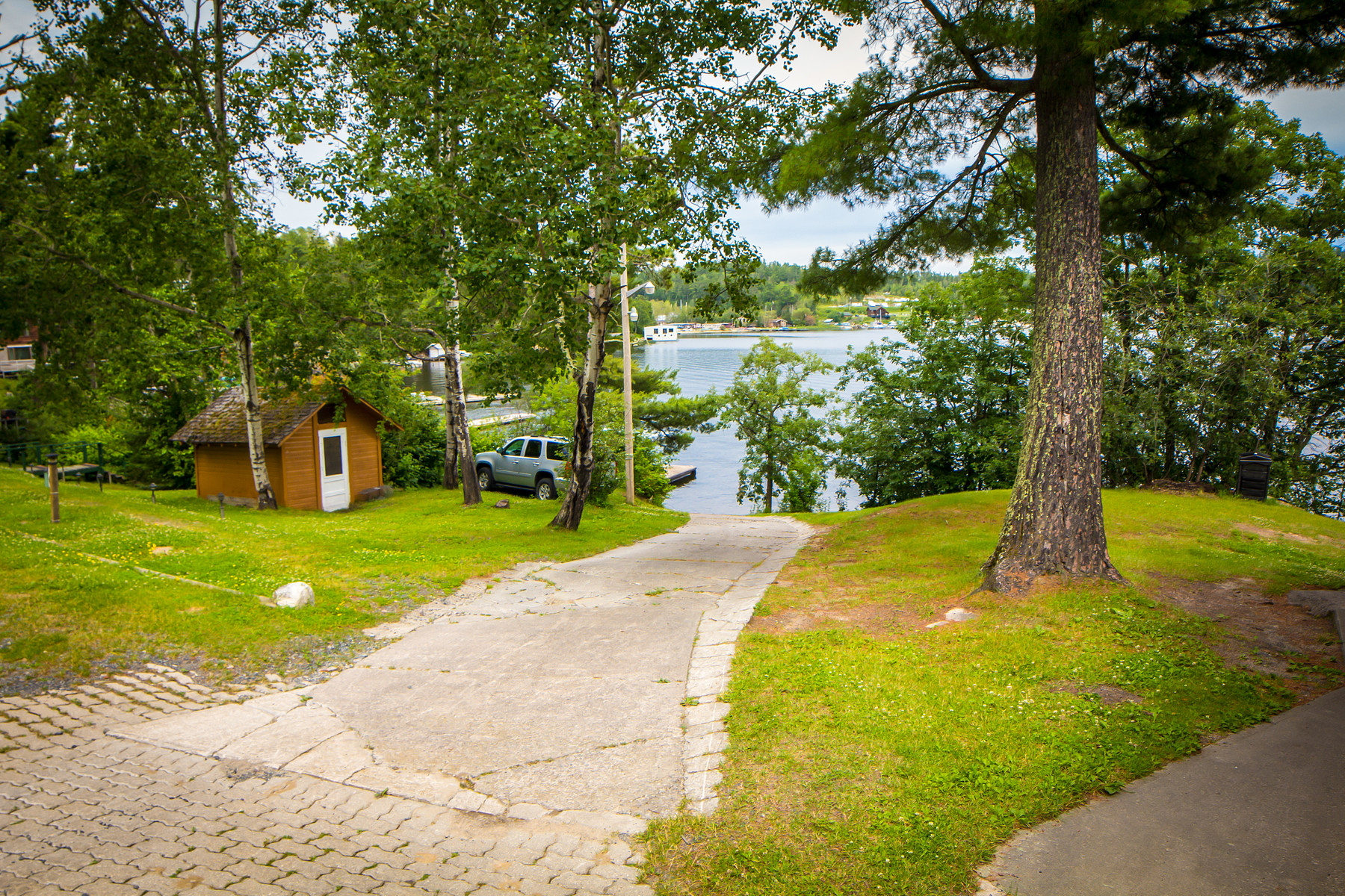Additional photo for property listing at Portage Lodge 420 BIG STONE BAY RD Kenora, 安大略省 P9N W3D 加拿大