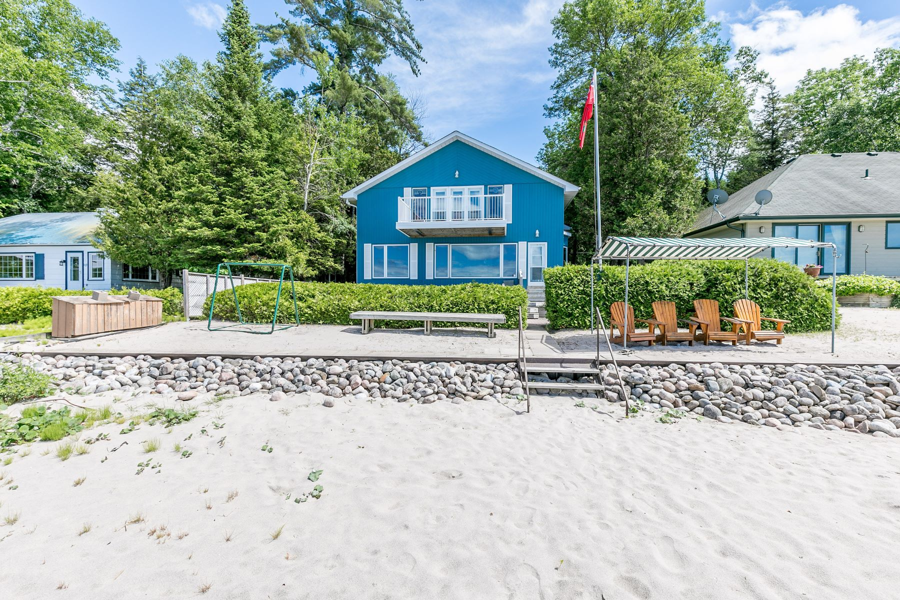 Single Family Home for Sale at Thunder Beach 36 East Beach Road, Tiny, Ontario, L9M 0M6 Canada