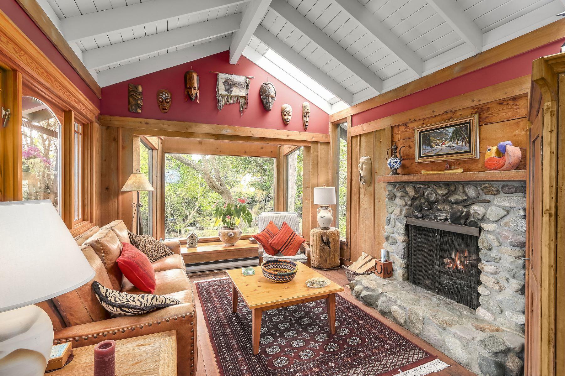 Casa Unifamiliar por un Venta en Quintessential West Bay 3299 Marine Drive, West Vancouver, British Columbia, V7V 1M8 Canadá