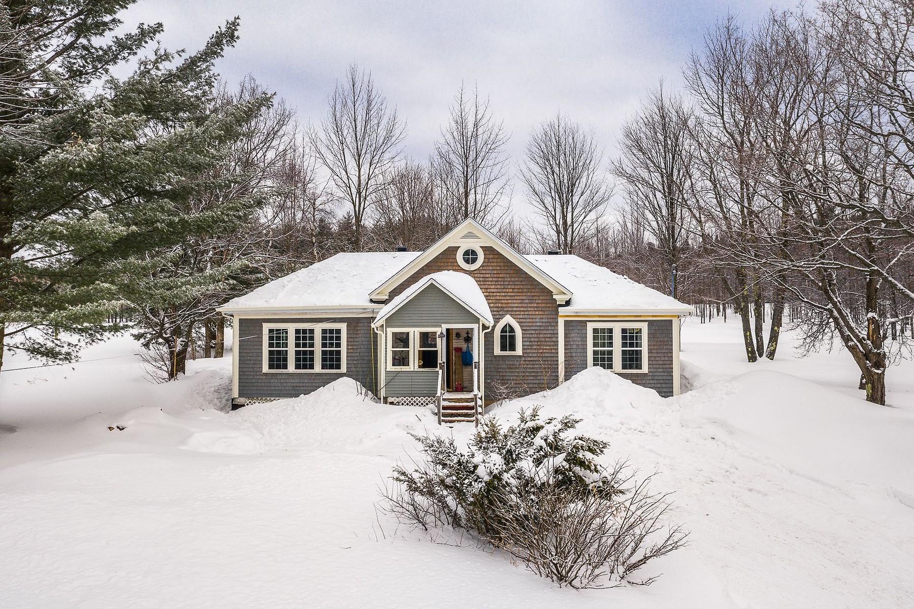Single Family Homes for Sale at Magog, Estrie 971 Ch. des Pères Magog, Quebec J1X5R9 Canada