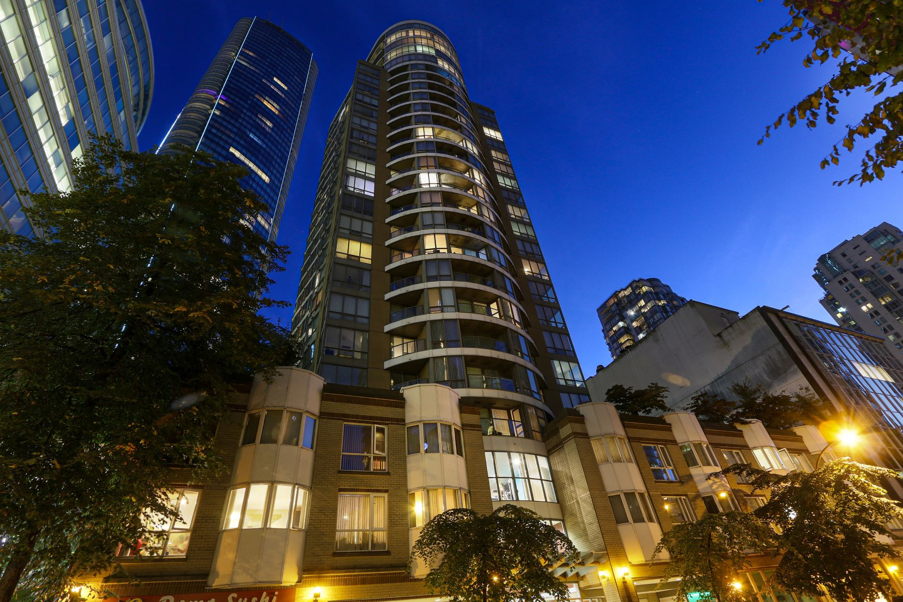 Condominiums for Sale at Orca place 2901 1166 Melville Street Vancouver, British Columbia V6E 4P5 Canada