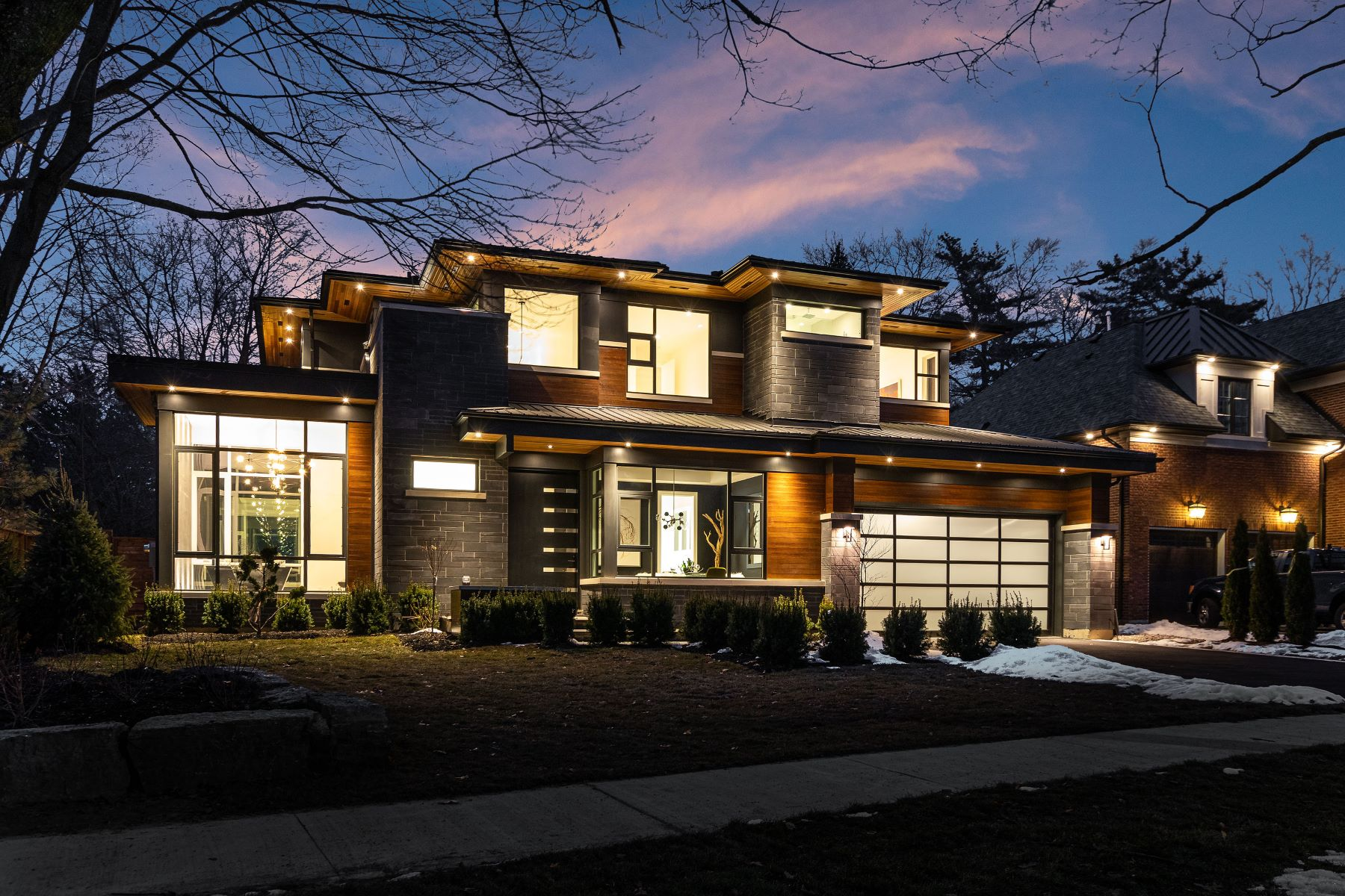 Single Family Homes for Sale at Modern Showstopper 454 Maple Avenue Oakville, Ontario L6J 2J3 Canada