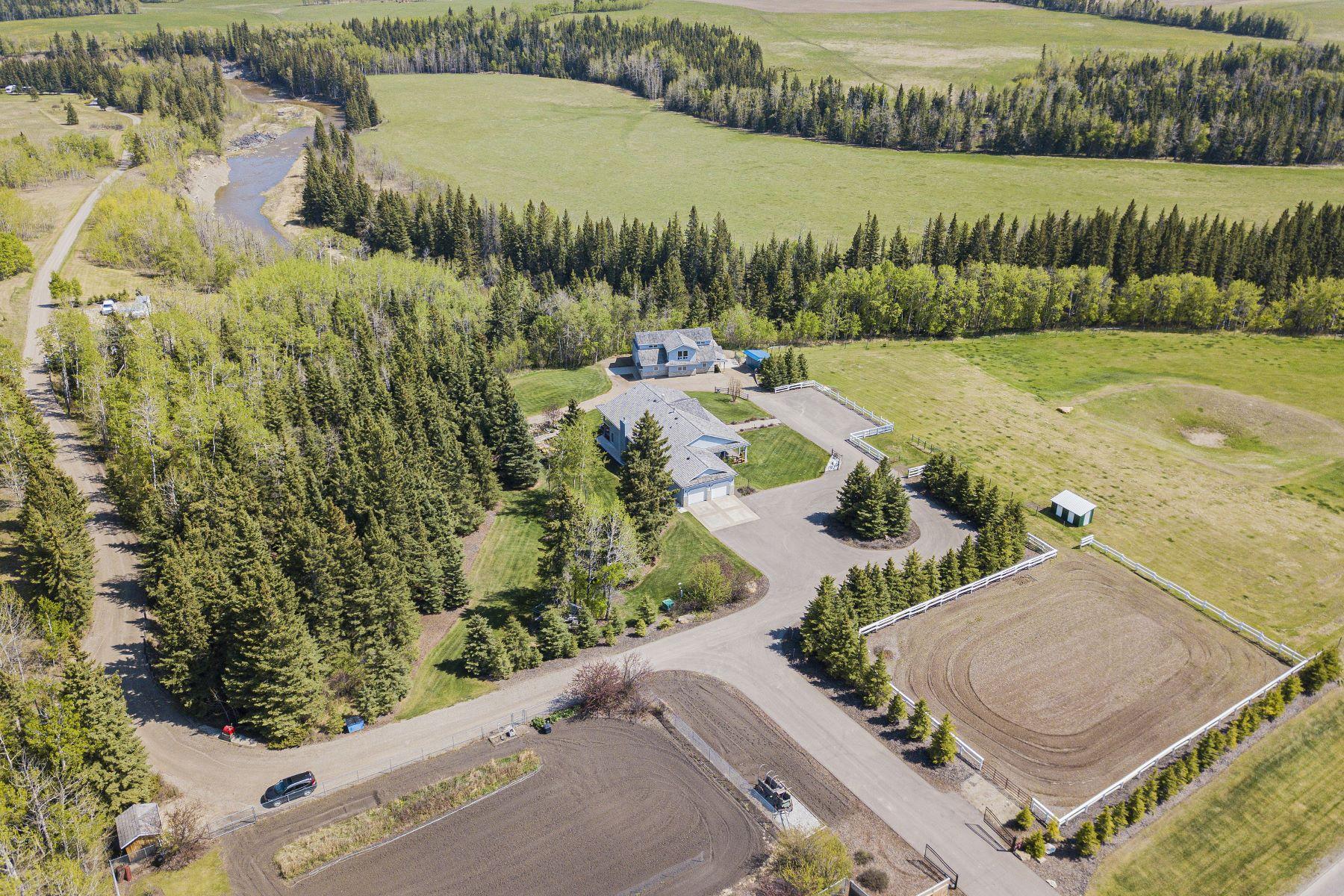 Granjas / Hacienda / Platanción por un Venta en Rural Mountain View County, Mountain View 33077 Range Road 40 Rural Mountain View County, Alberta T4H 1P3 Canadá