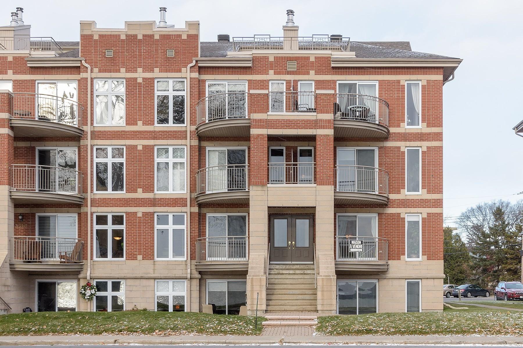 Appartement en copropriété pour l à vendre à Waterfront Condo 3500 Boul. St-Joseph, Apt. 4, Lachine, Québec, H8T1P6 Canada