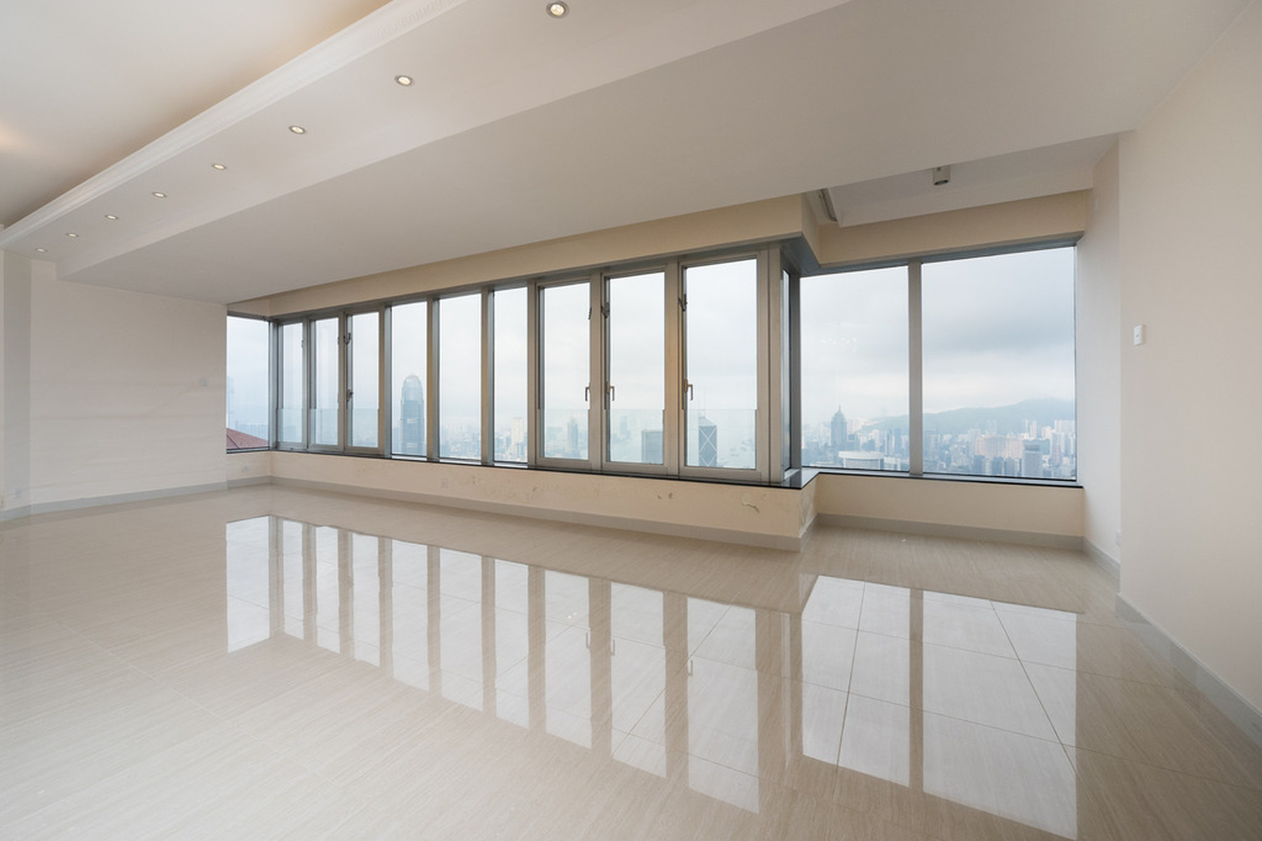 sales property at Tregunter Tower 3