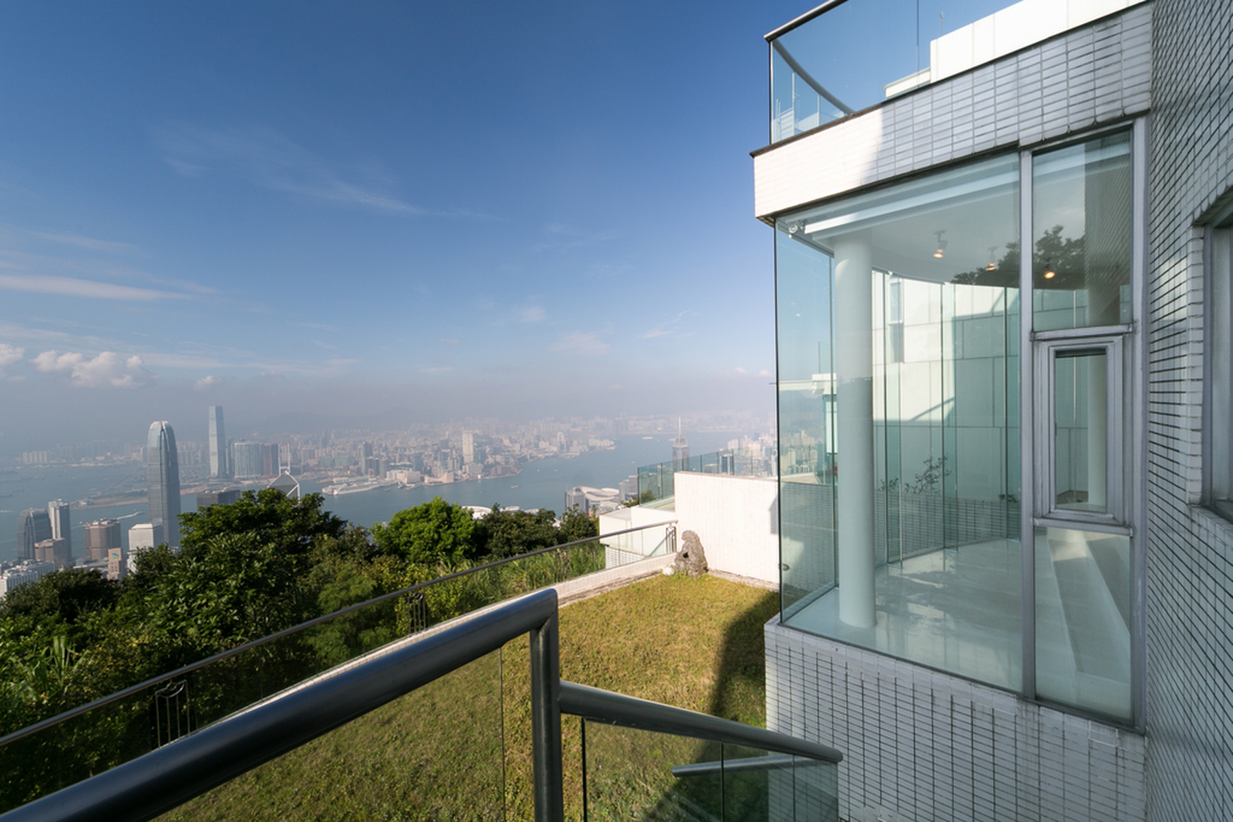 Apartamento por un Venta en Pollock's Path, 11 The Peak, Hong Kong