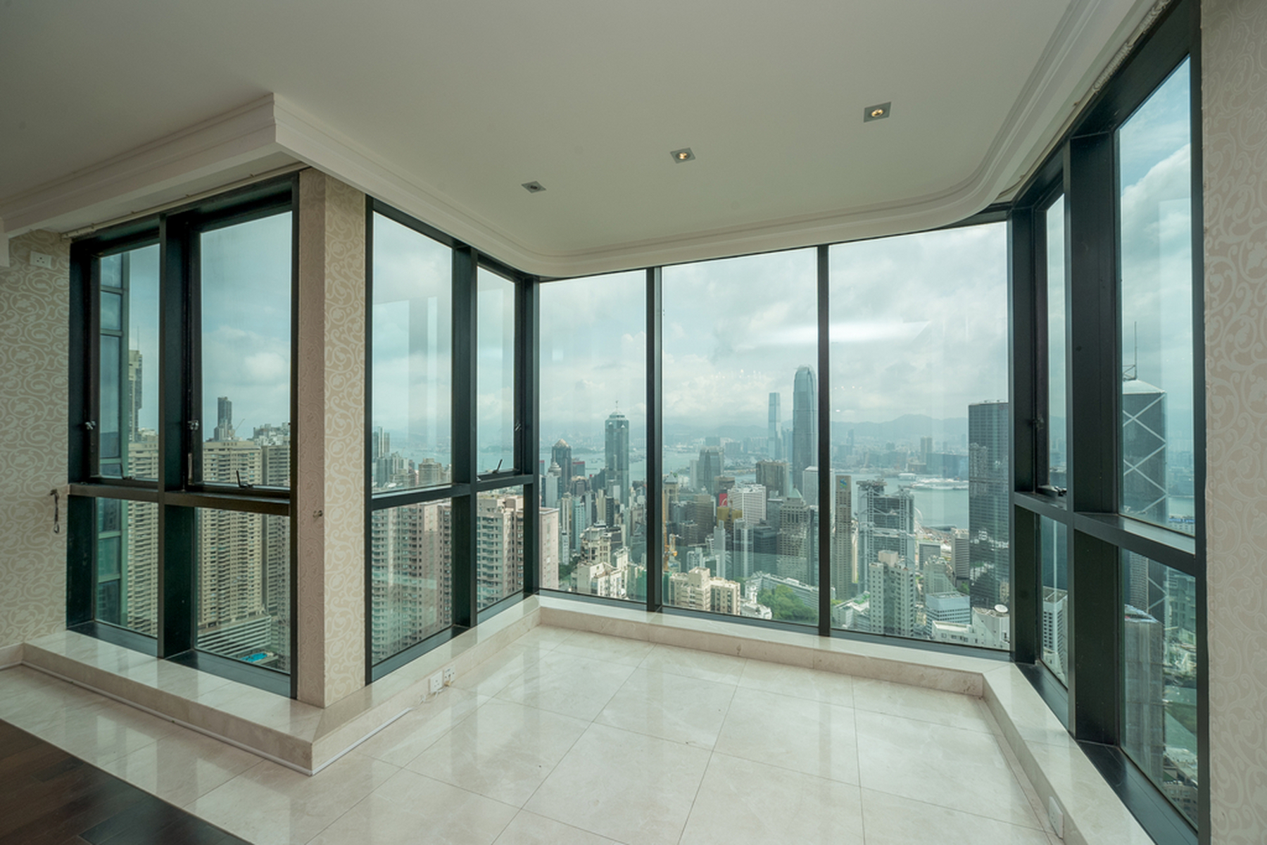 Appartement pour l Vente à The Mayfair Other Hong Kong, Hong-Kong