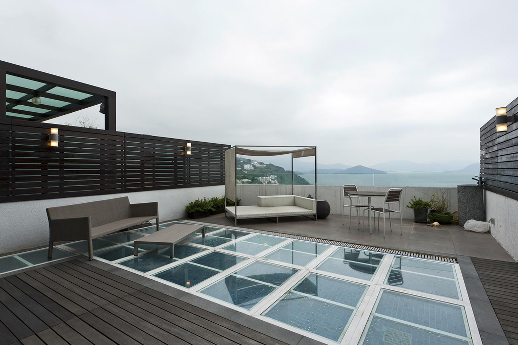 Adosado por un Venta en Scenic View Villa Clear Water Bay, Hong Kong