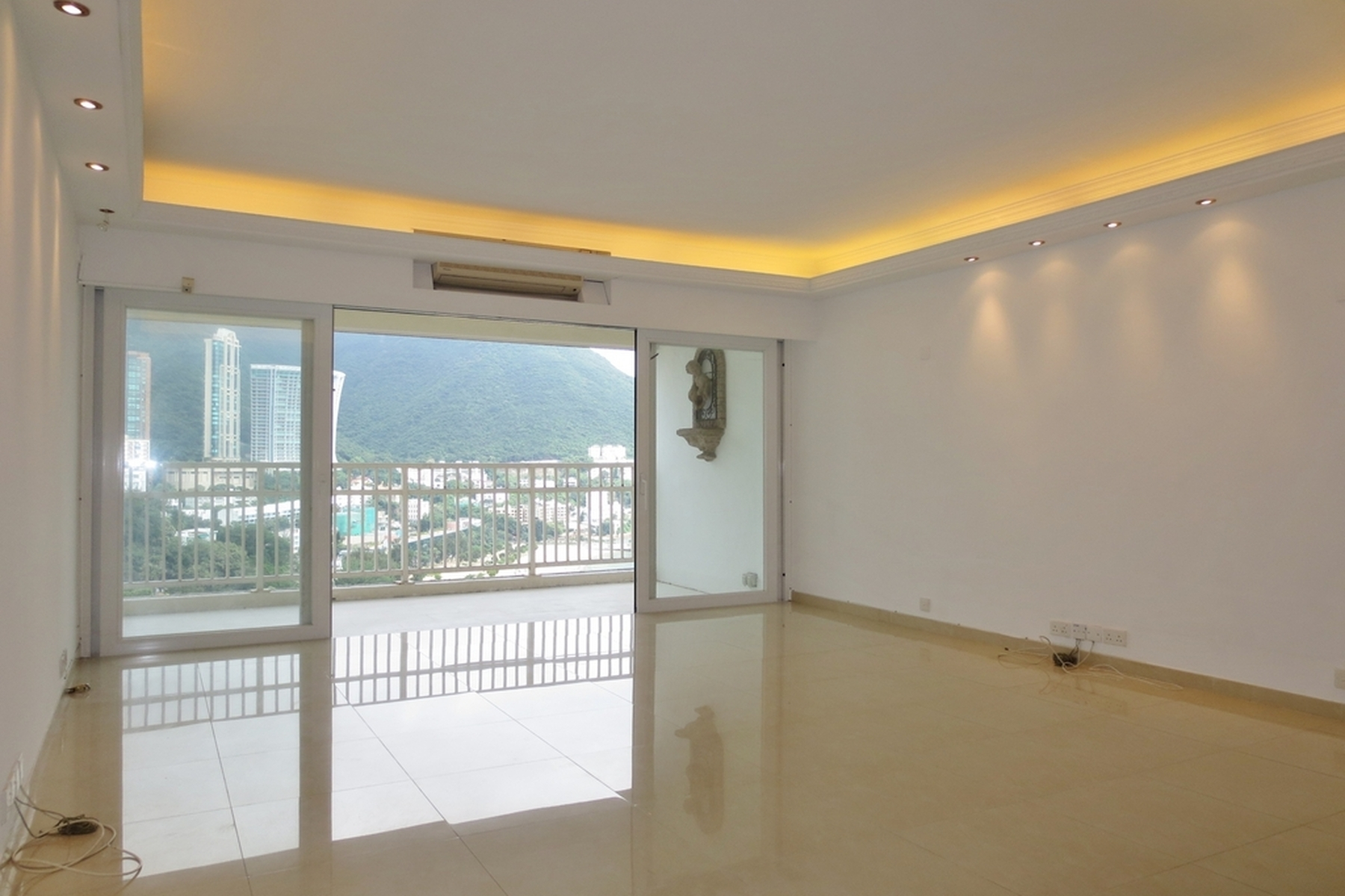 Property For Sale at Repulse Bay Garden - Block 07-08
